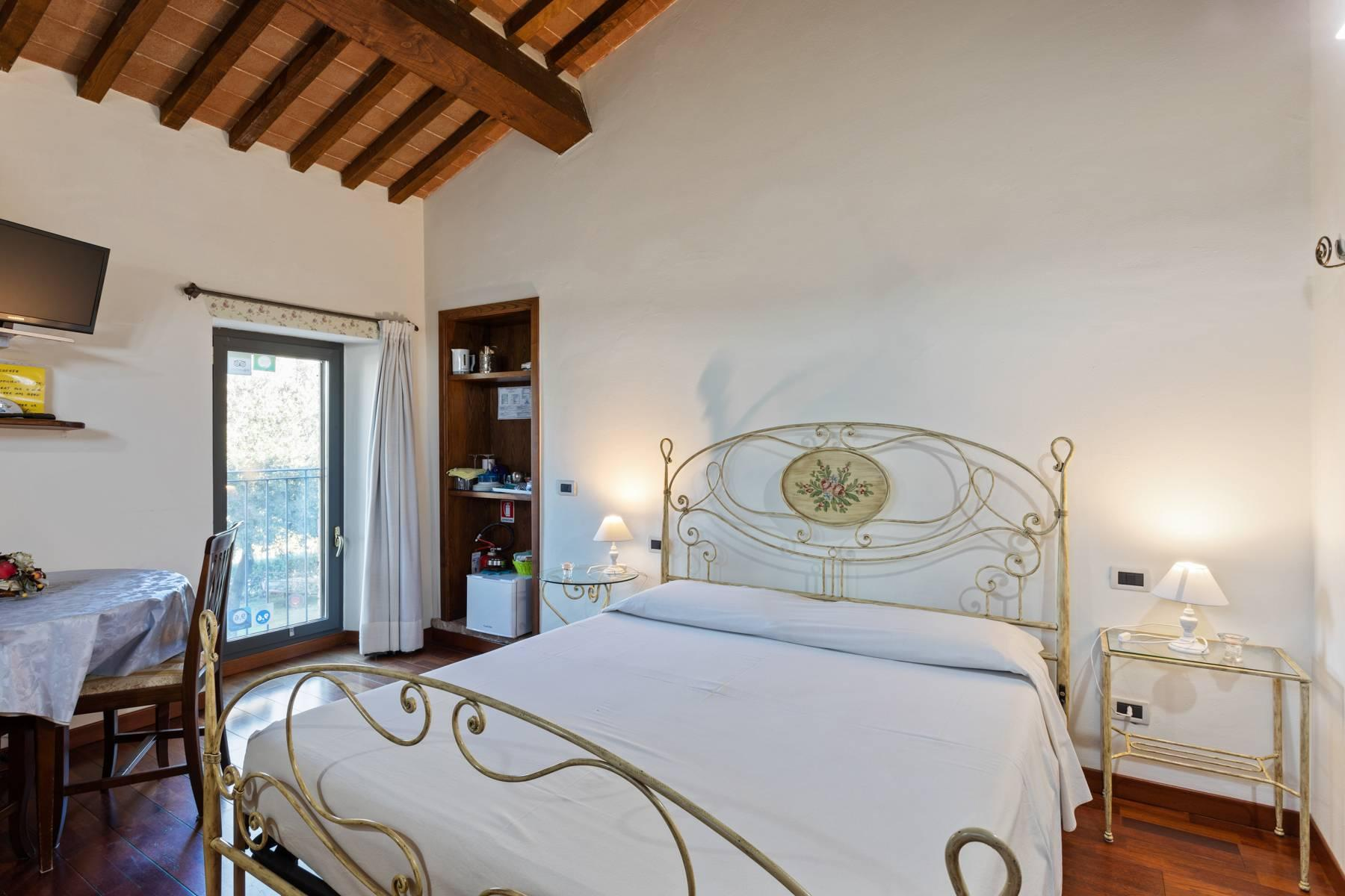 Beautiful country house with agriturismo and vineyard walking distance from Montepulciano - 25