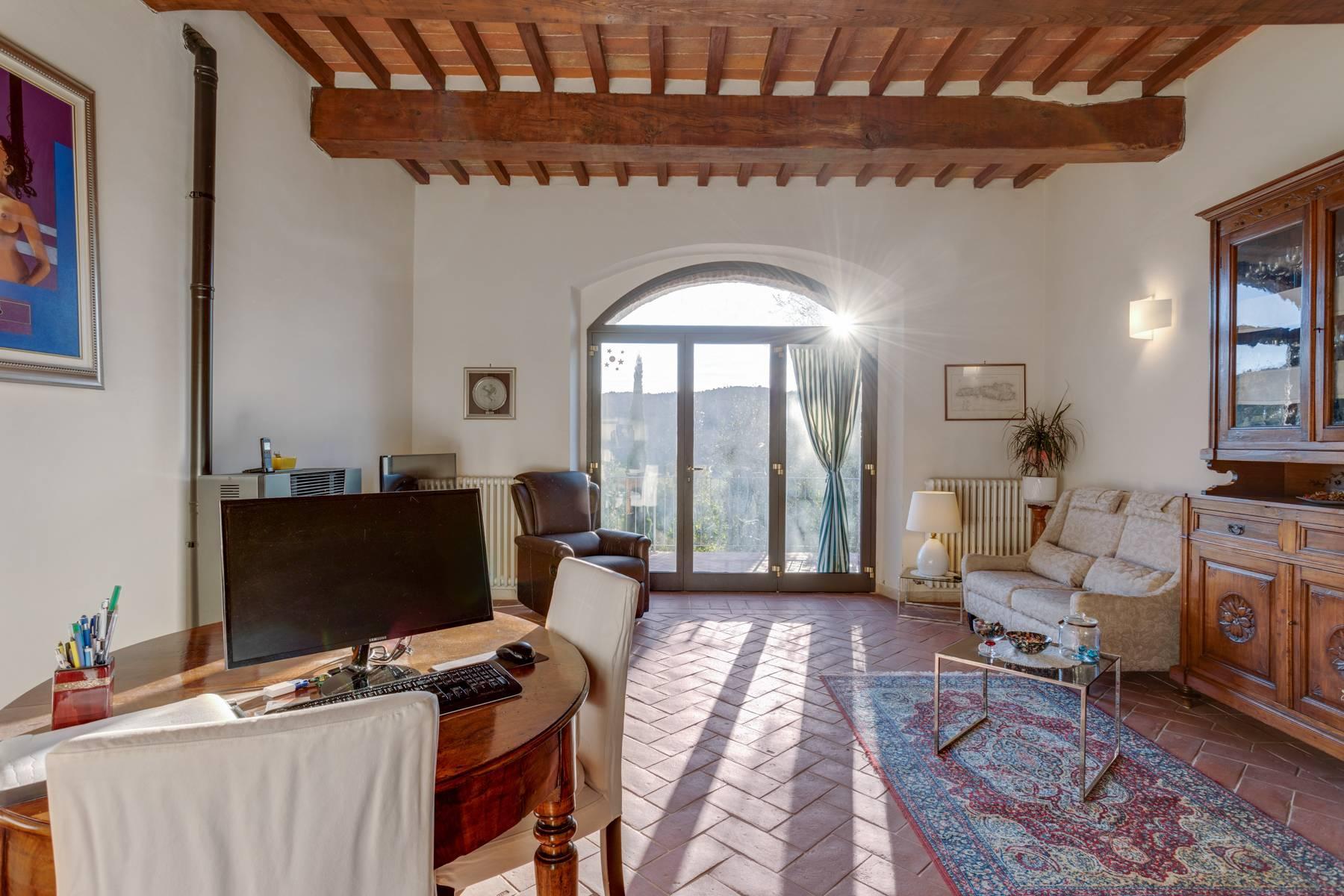 Casale con agriturismo e vigneto a pochi passi da Montepulciano - 10