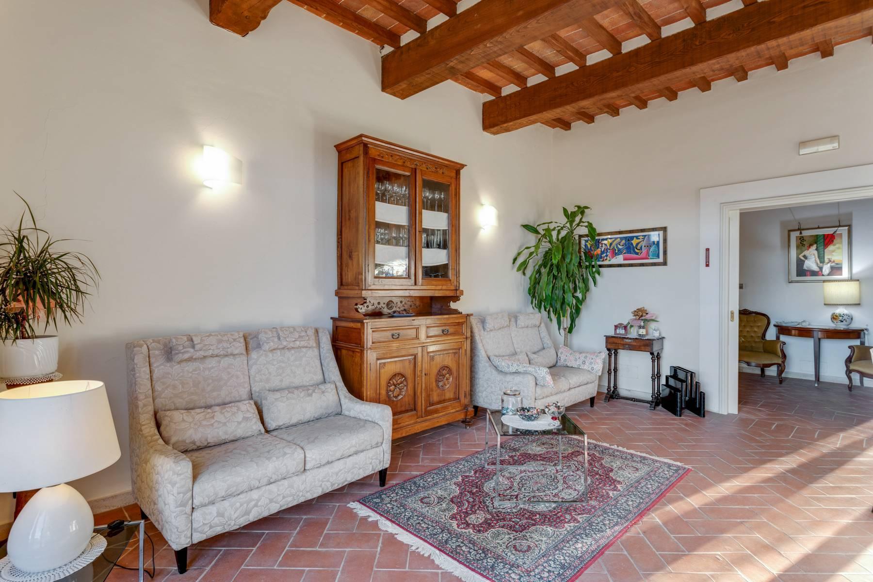 Casale con agriturismo e vigneto a pochi passi da Montepulciano - 14