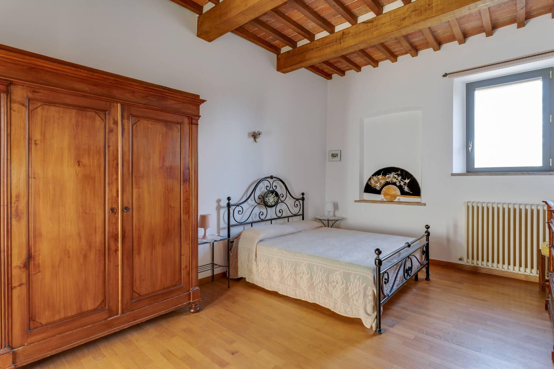 Beautiful country house with agriturismo and vineyard walking distance from Montepulciano - 11