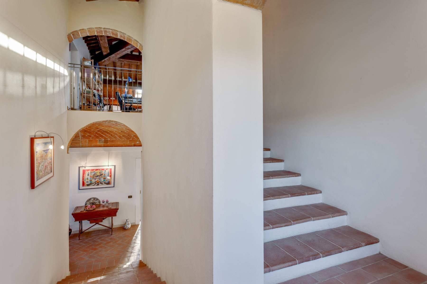 Casale con agriturismo e vigneto a pochi passi da Montepulciano - 17