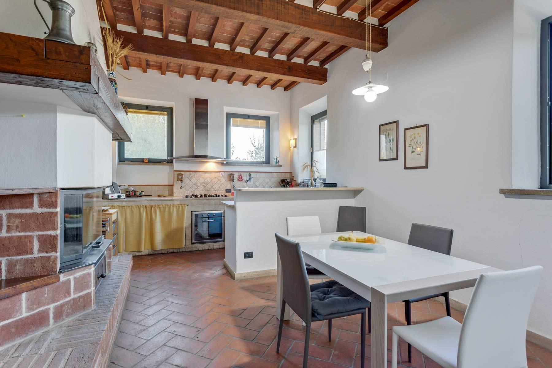 Casale con agriturismo e vigneto a pochi passi da Montepulciano - 15