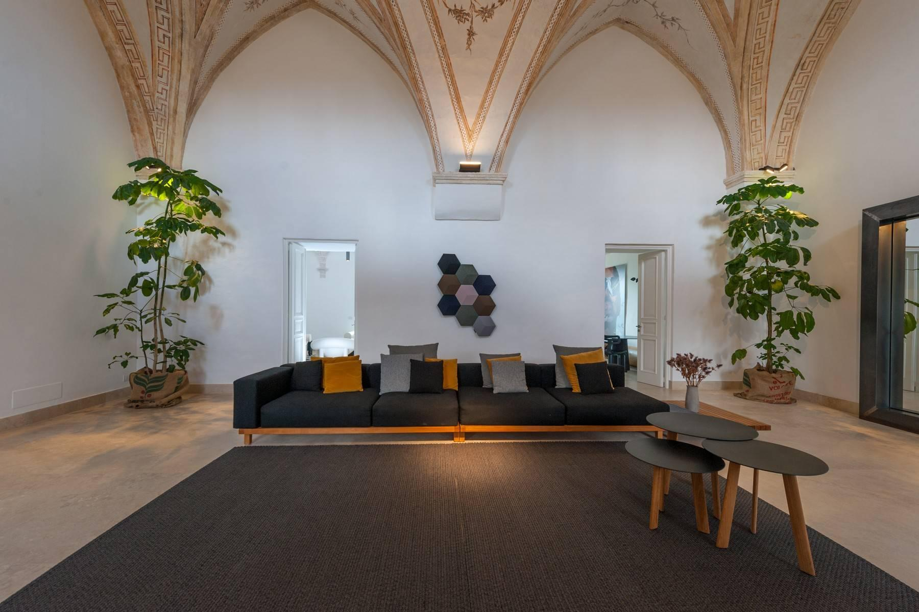Beautiful Masseria with prestigious furnishings and design details - 3