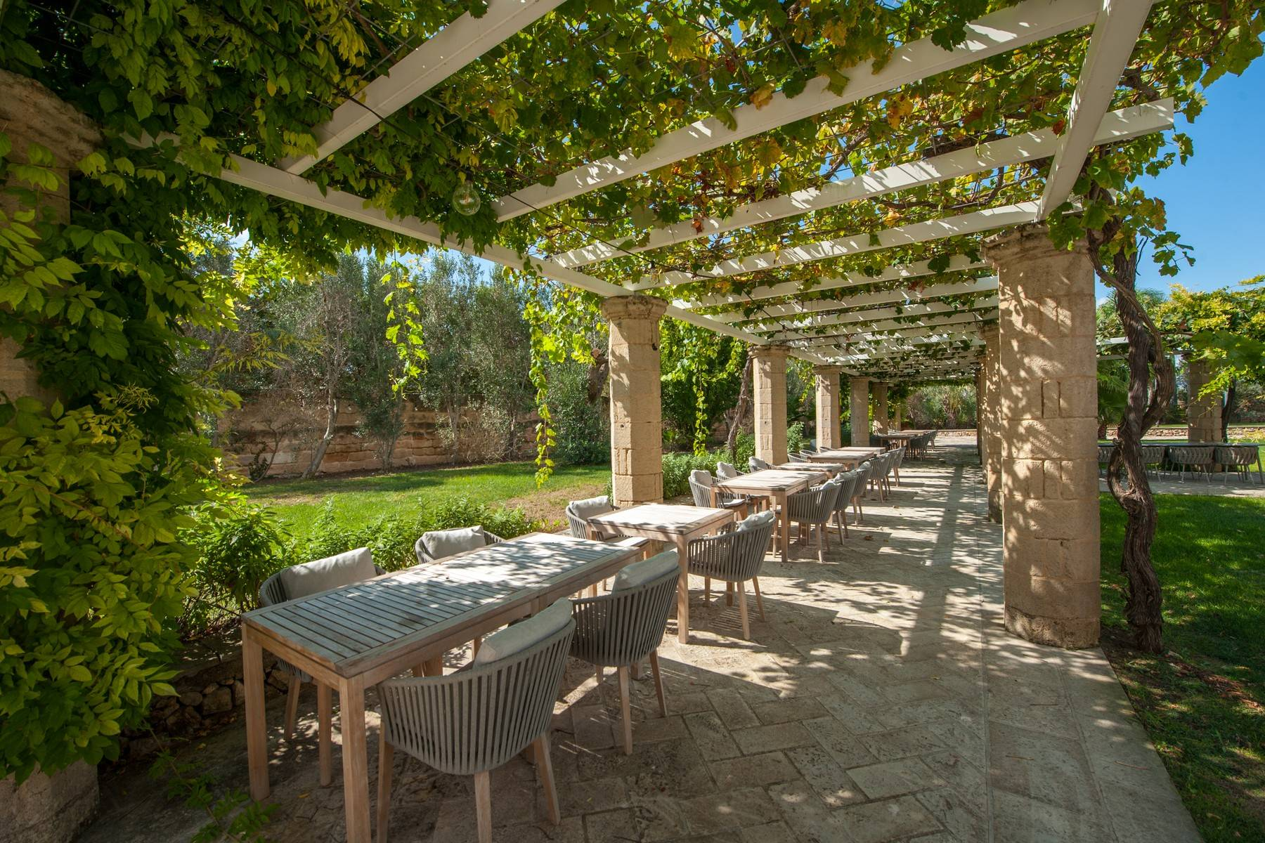 Beautiful Masseria with prestigious furnishings and design details - 21