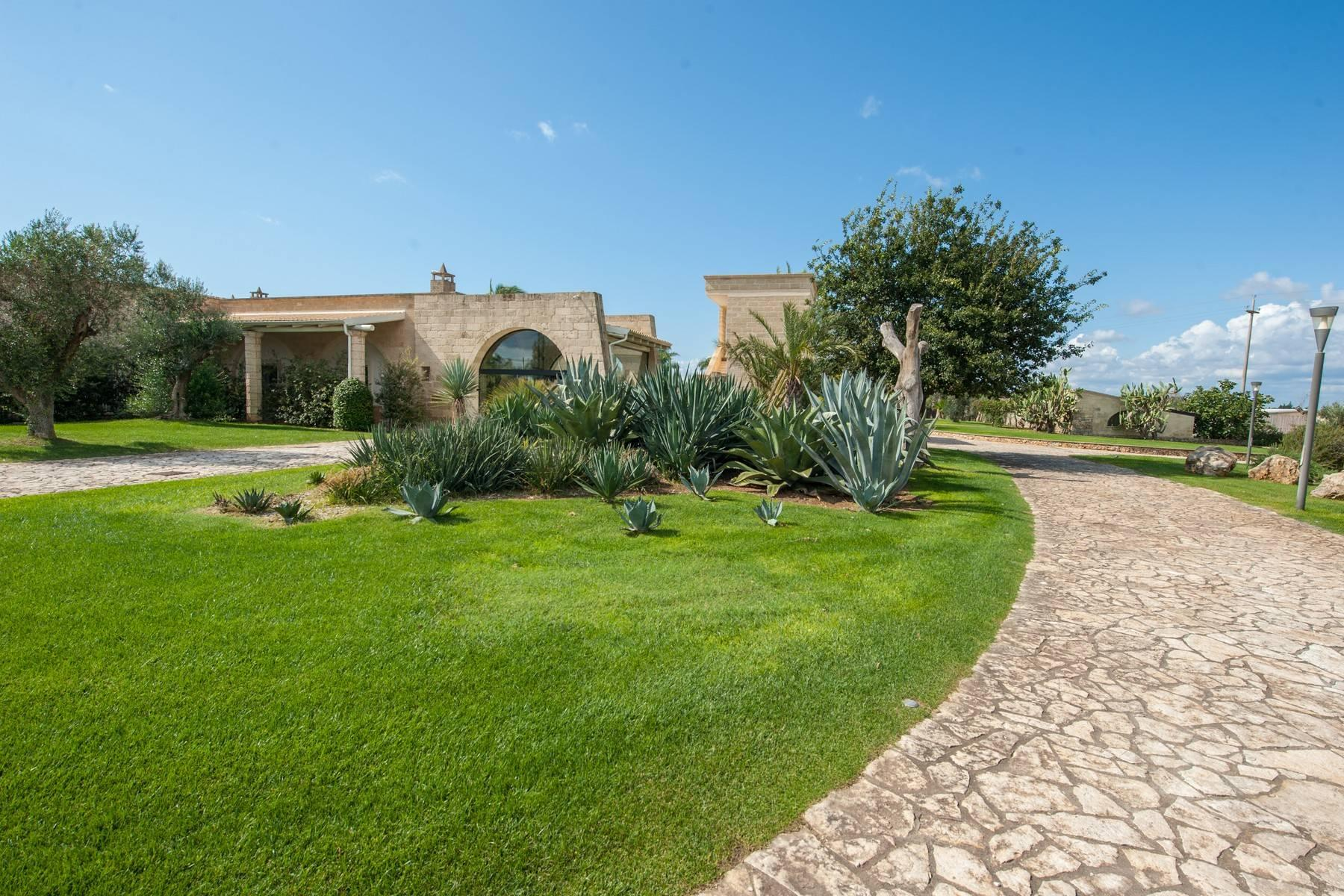 Beautiful Masseria with prestigious furnishings and design details - 25