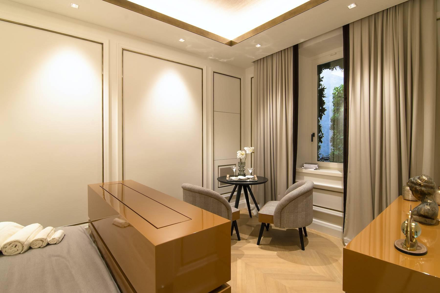Luxurious apartment in the heart of the Eternal City - 16
