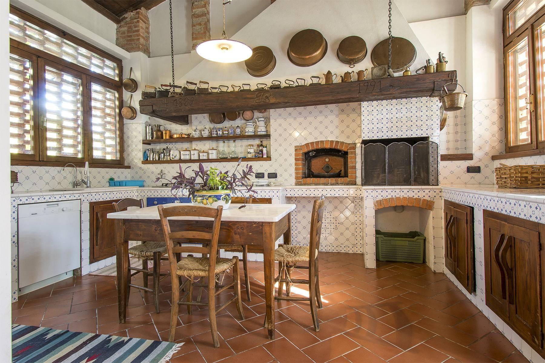 Bauernhaus mit Reitschule auf dem toskanischen Landschaft - 10