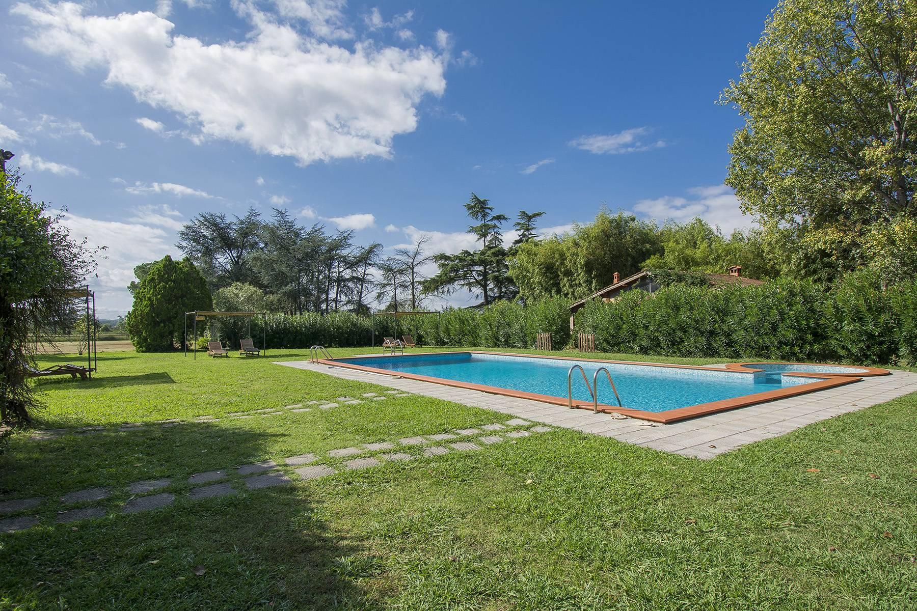 Bauernhaus mit Reitschule auf dem toskanischen Landschaft - 24