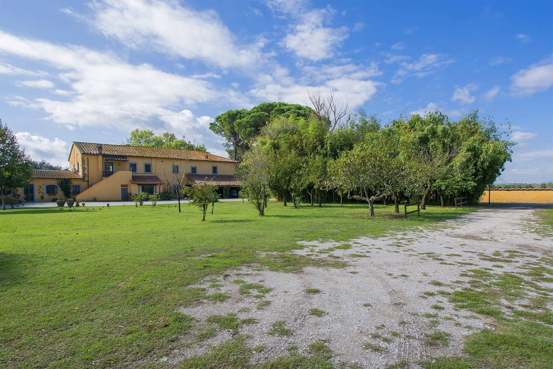 Bauernhaus mit Reitschule auf dem toskanischen Landschaft - 21