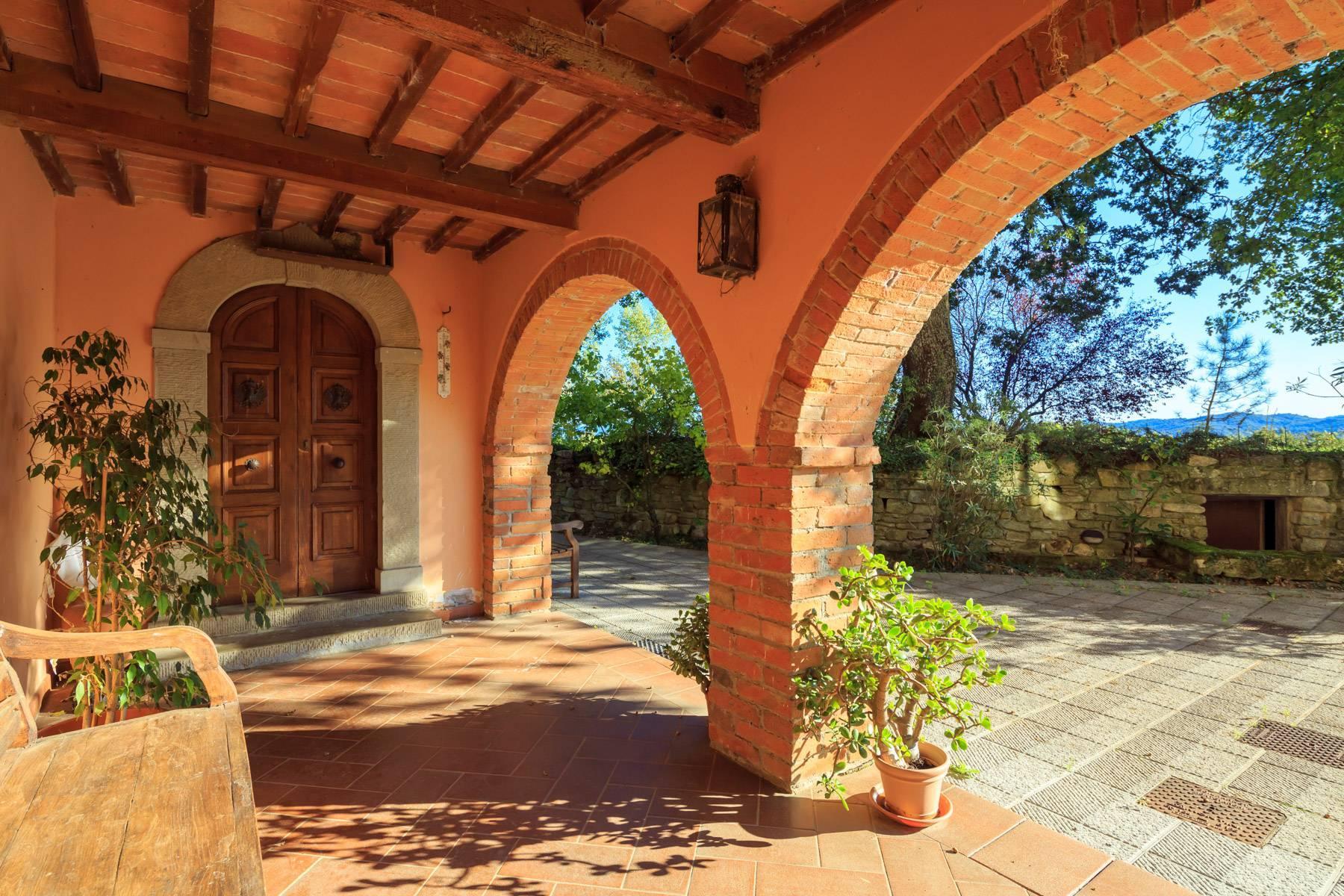 Historische Villa in der toskanischen Landschaft - 7
