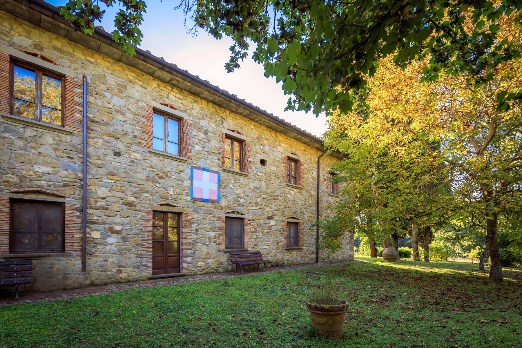 Historische Villa in der toskanischen Landschaft - 4