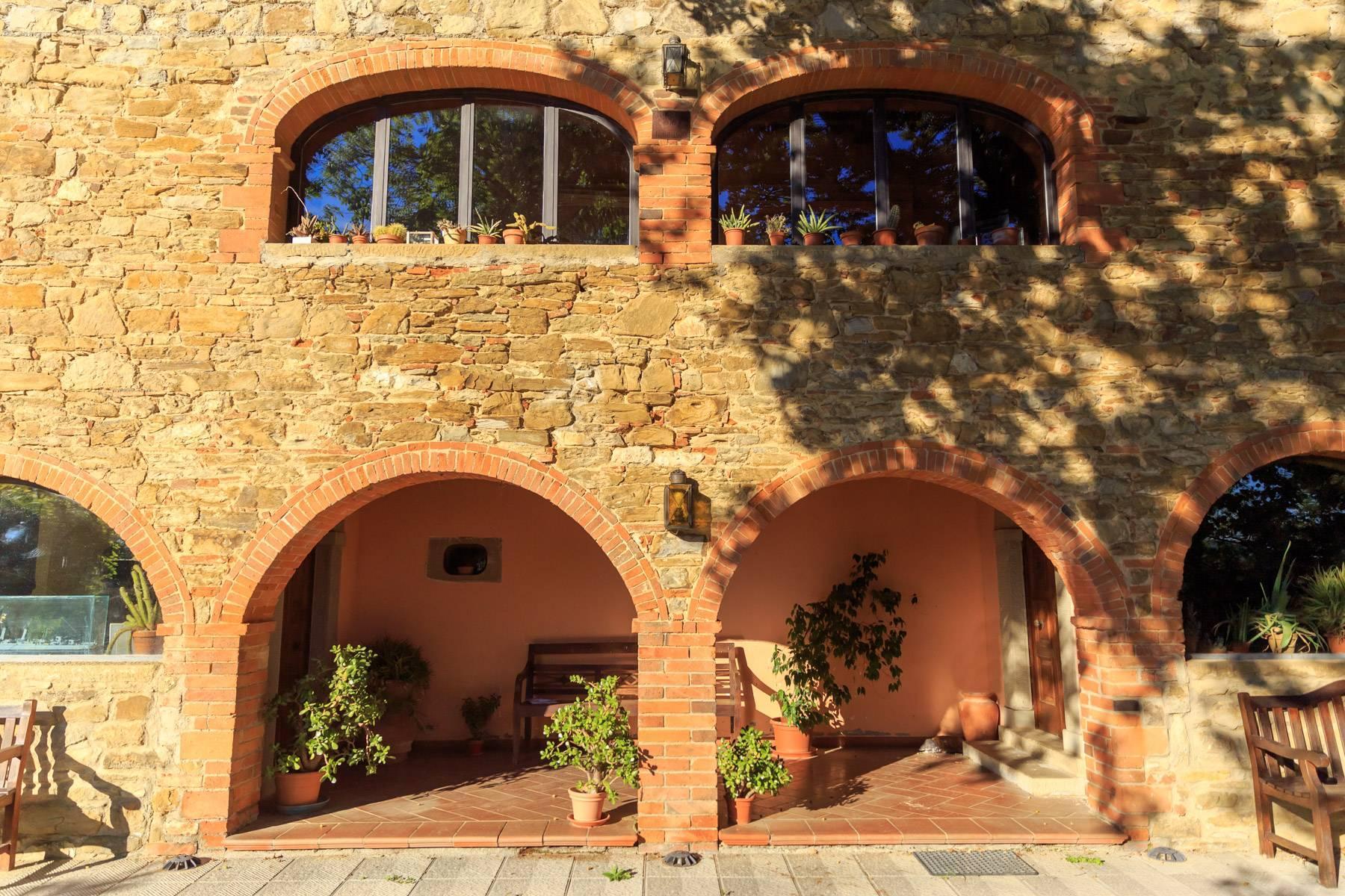 Historische Villa in der toskanischen Landschaft - 33