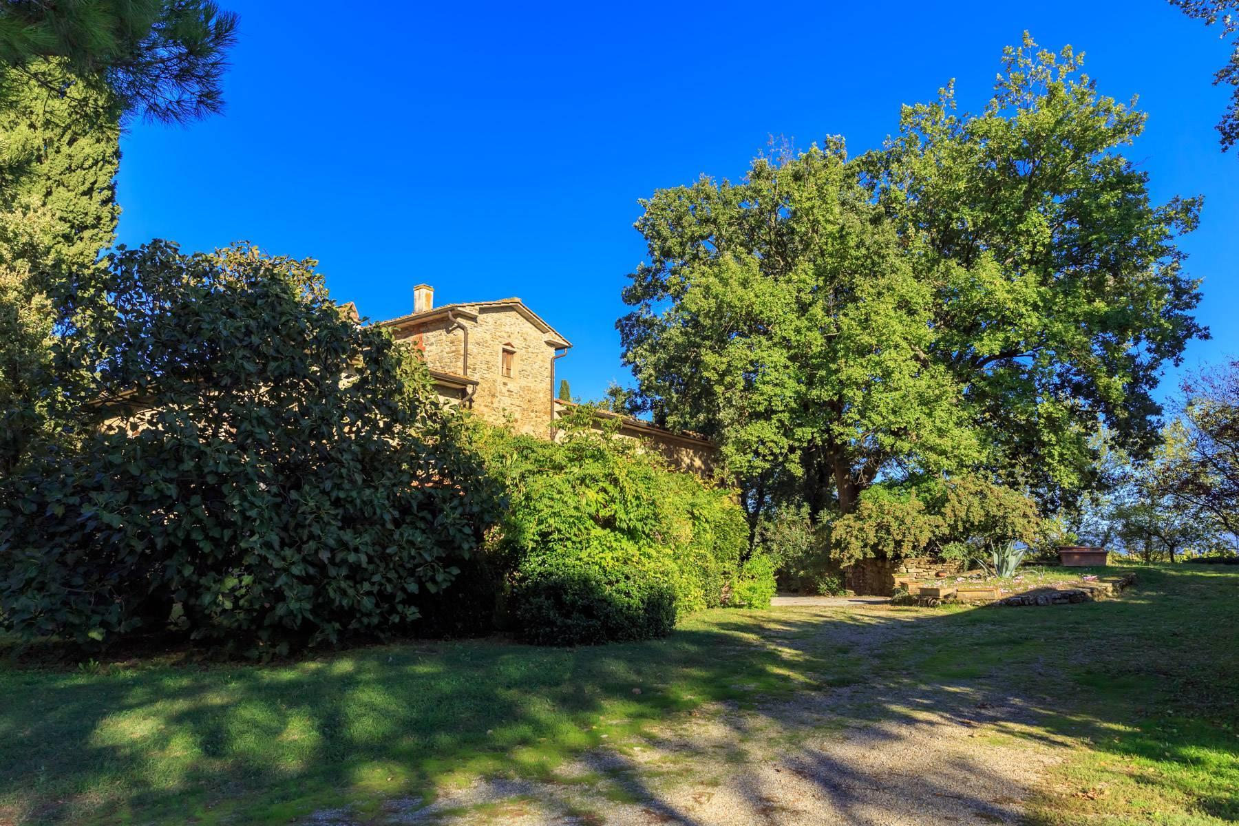 Historische Villa in der toskanischen Landschaft - 3