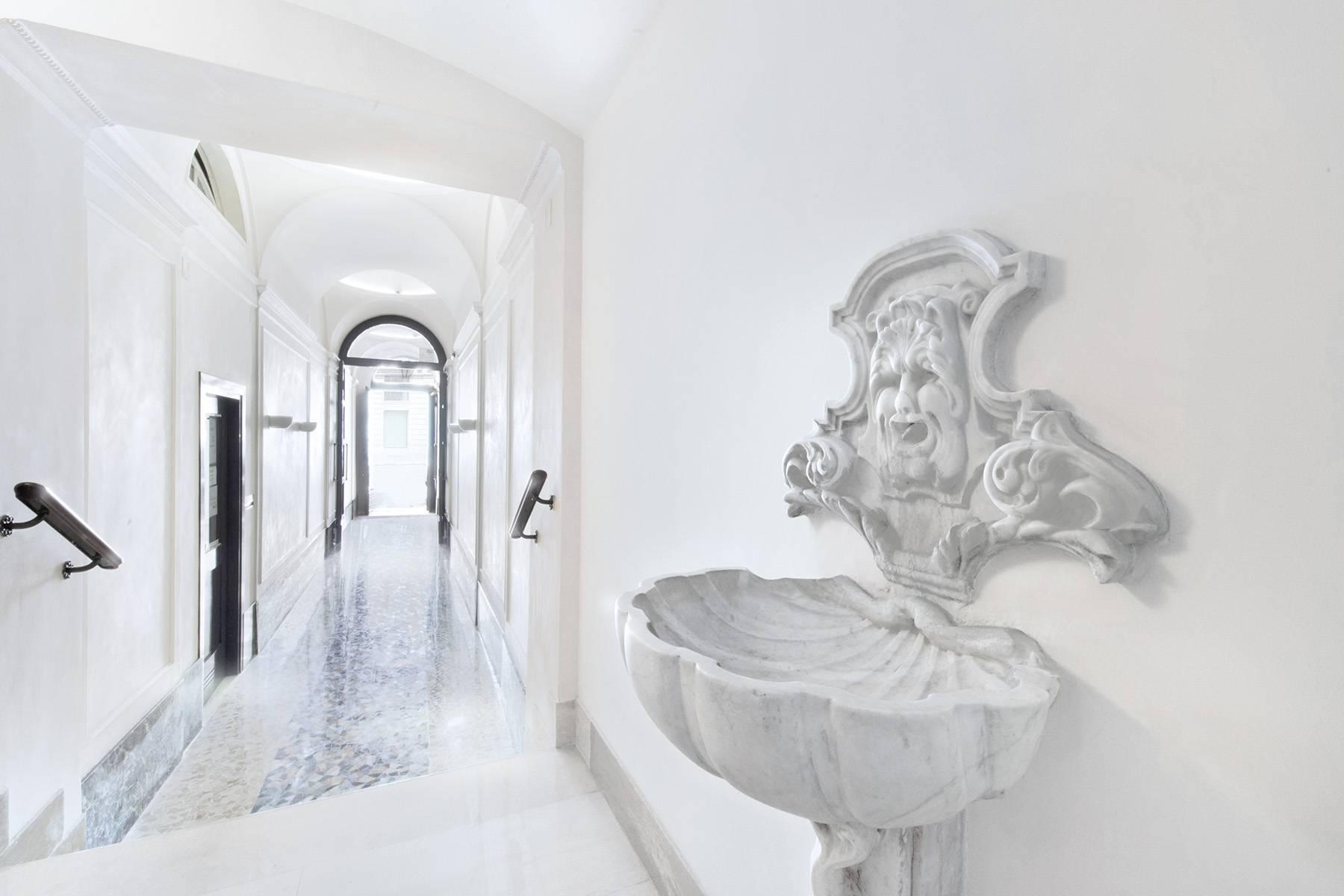 Spanish Steps luxury apartment - 11