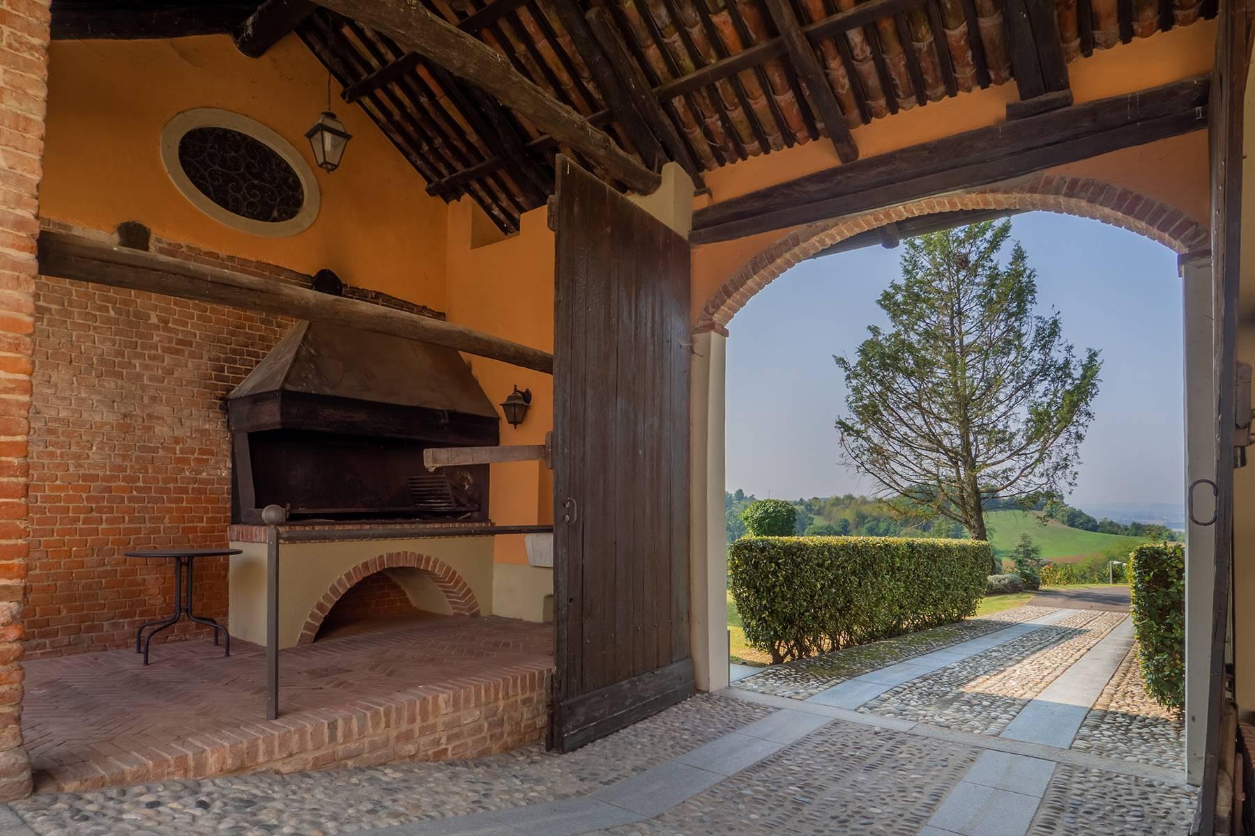 Elegante Villa mit wunderschönem Blick auf die Alpen - 43