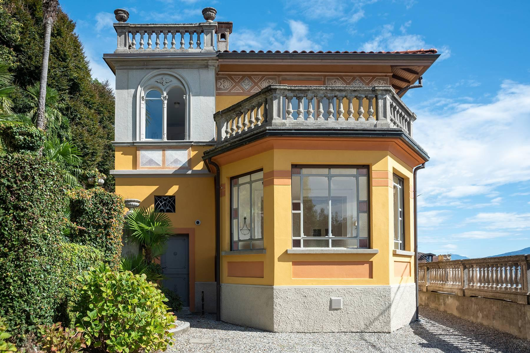 Unique historic villa with guest house in a privileged position and a fantastic view of Lake Maggiore - 5