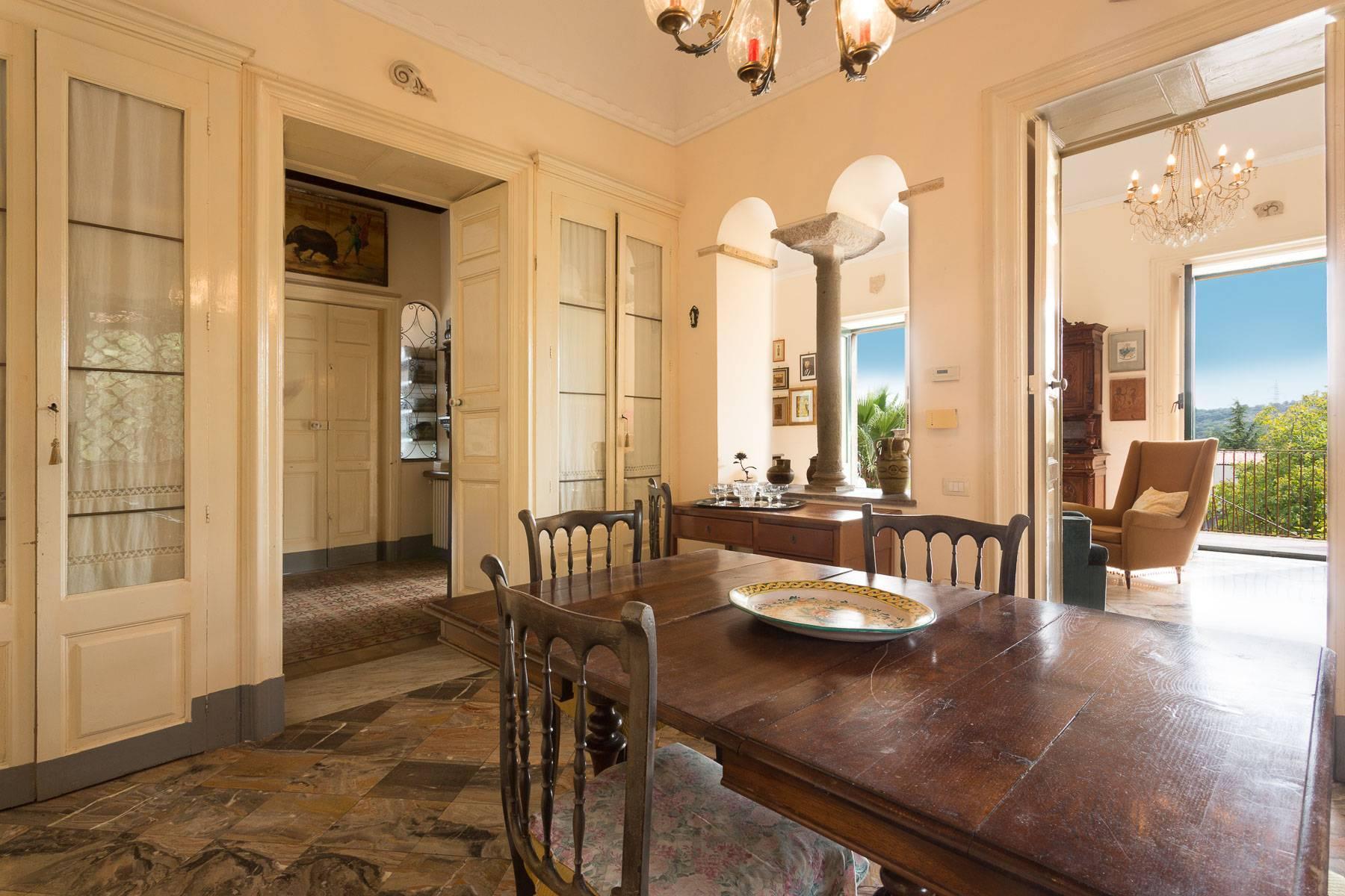 Villa padronale con terreno alle pendici dell'Etna - 8