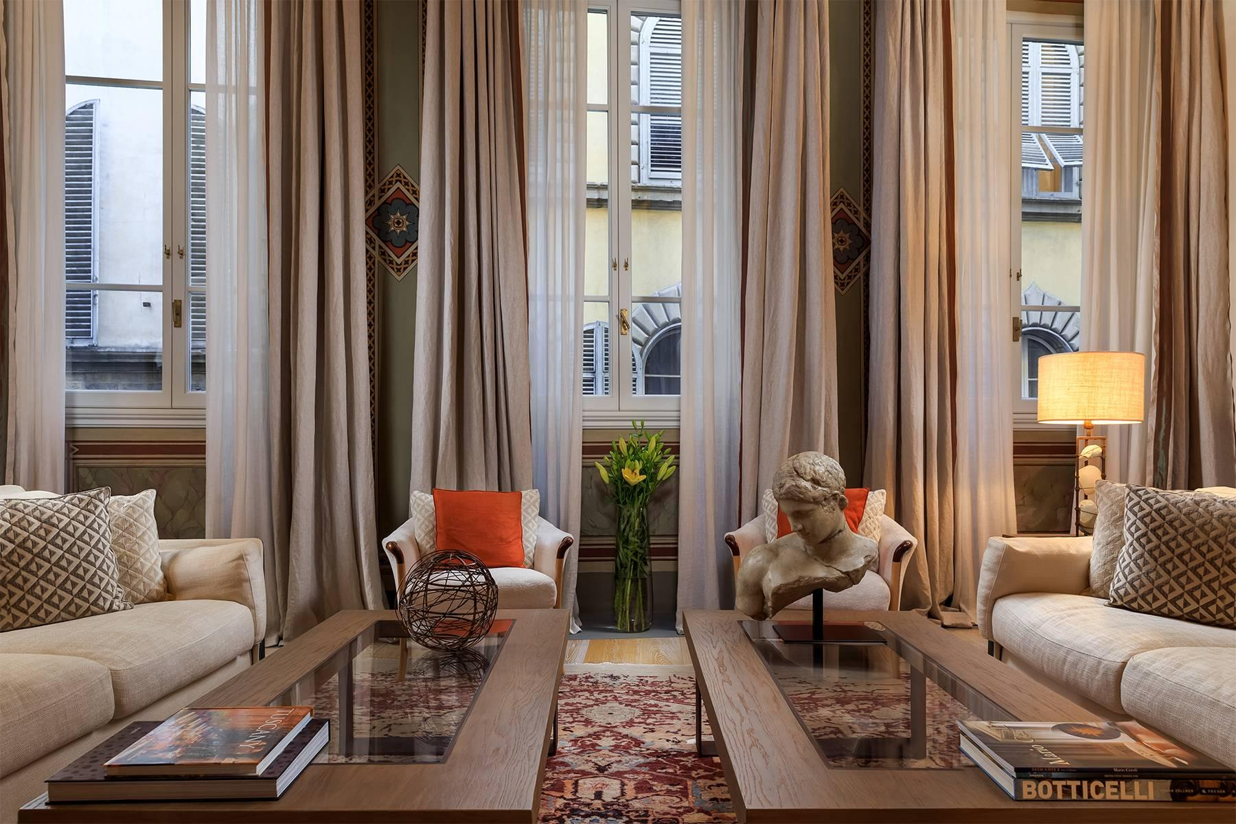 Современная квартира модерн в историческом Палаццо - 3