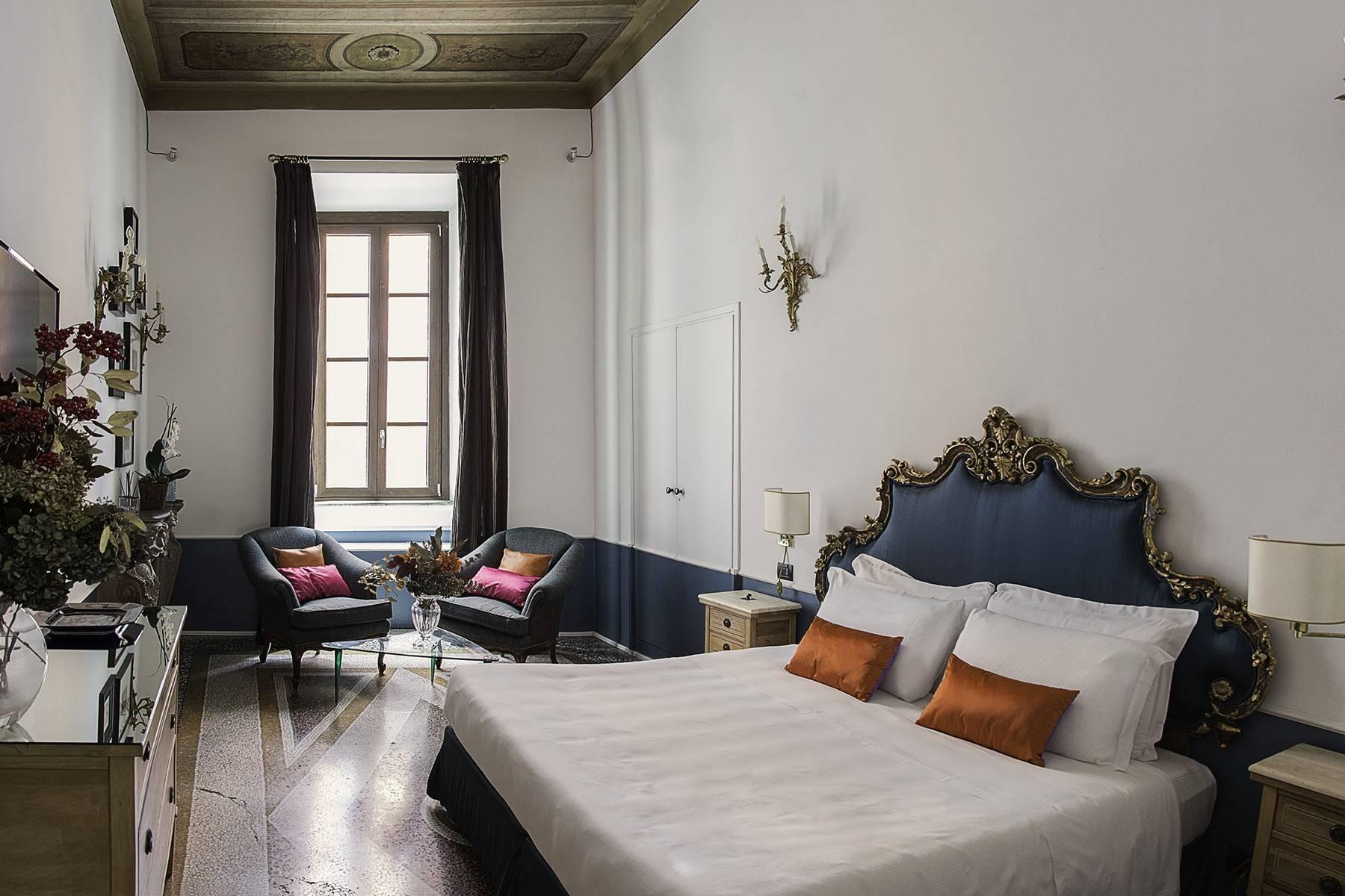 Stunning apartment in the heart of Baroque Rome - 3