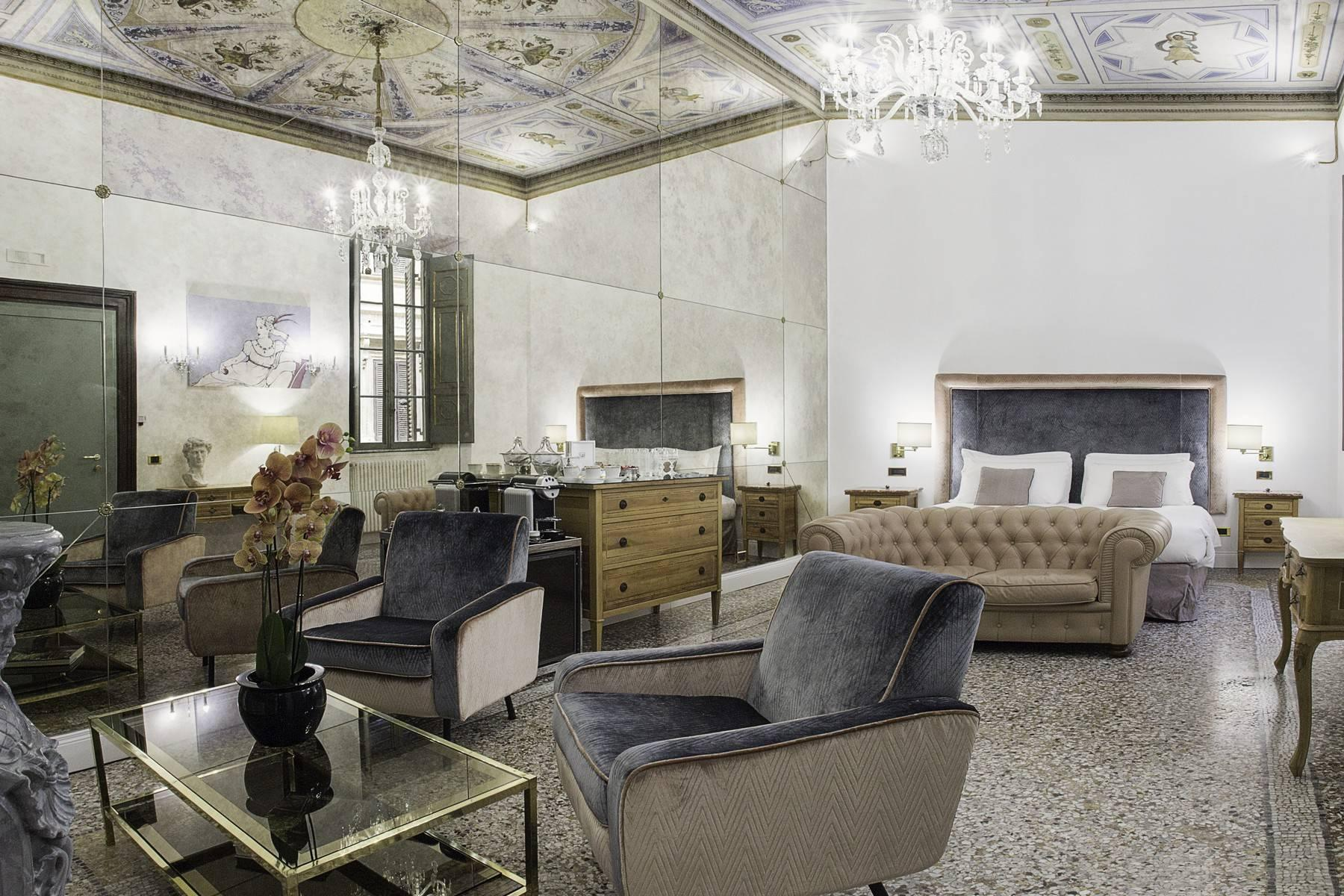Stunning apartment in the heart of Baroque Rome - 16