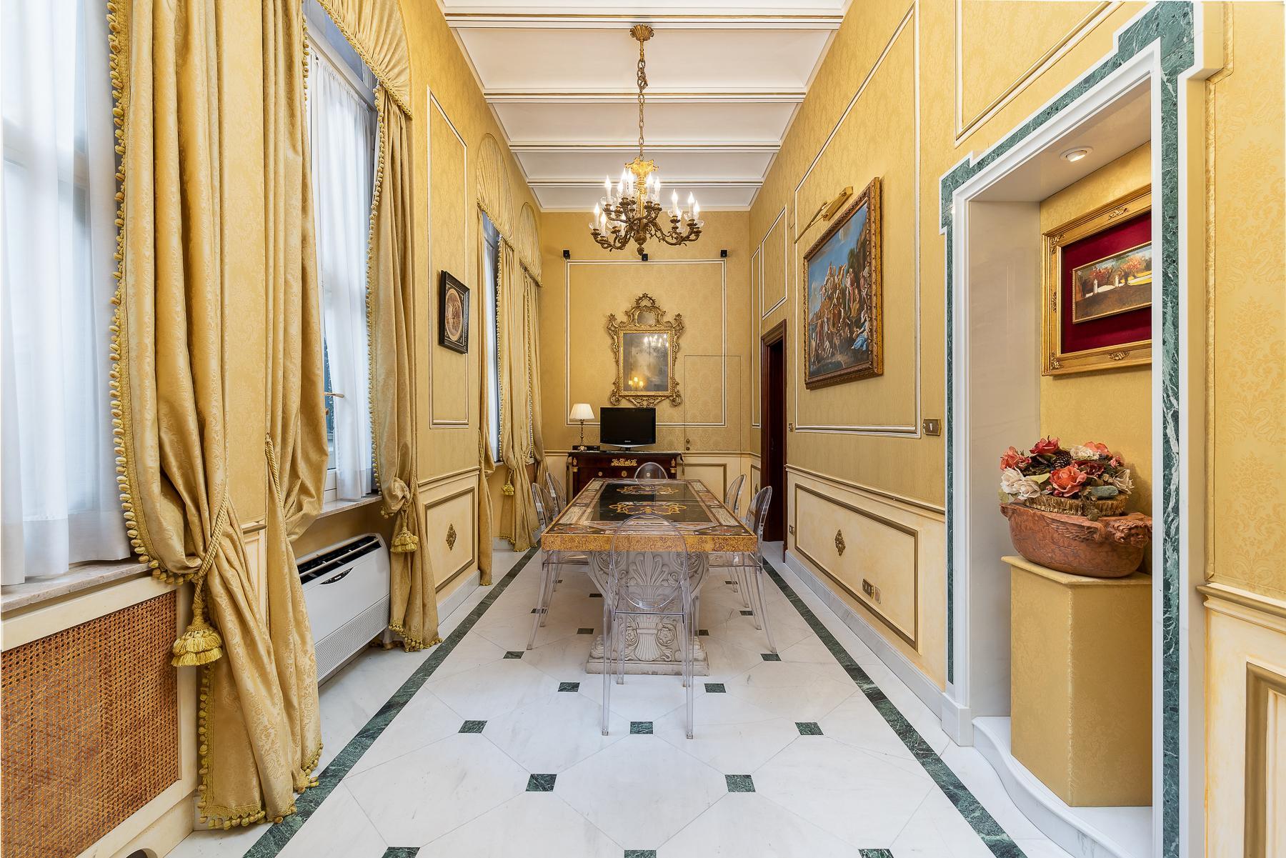 Роскошная квартира с большой террасой  в элегантном здании начала 900 года - 5