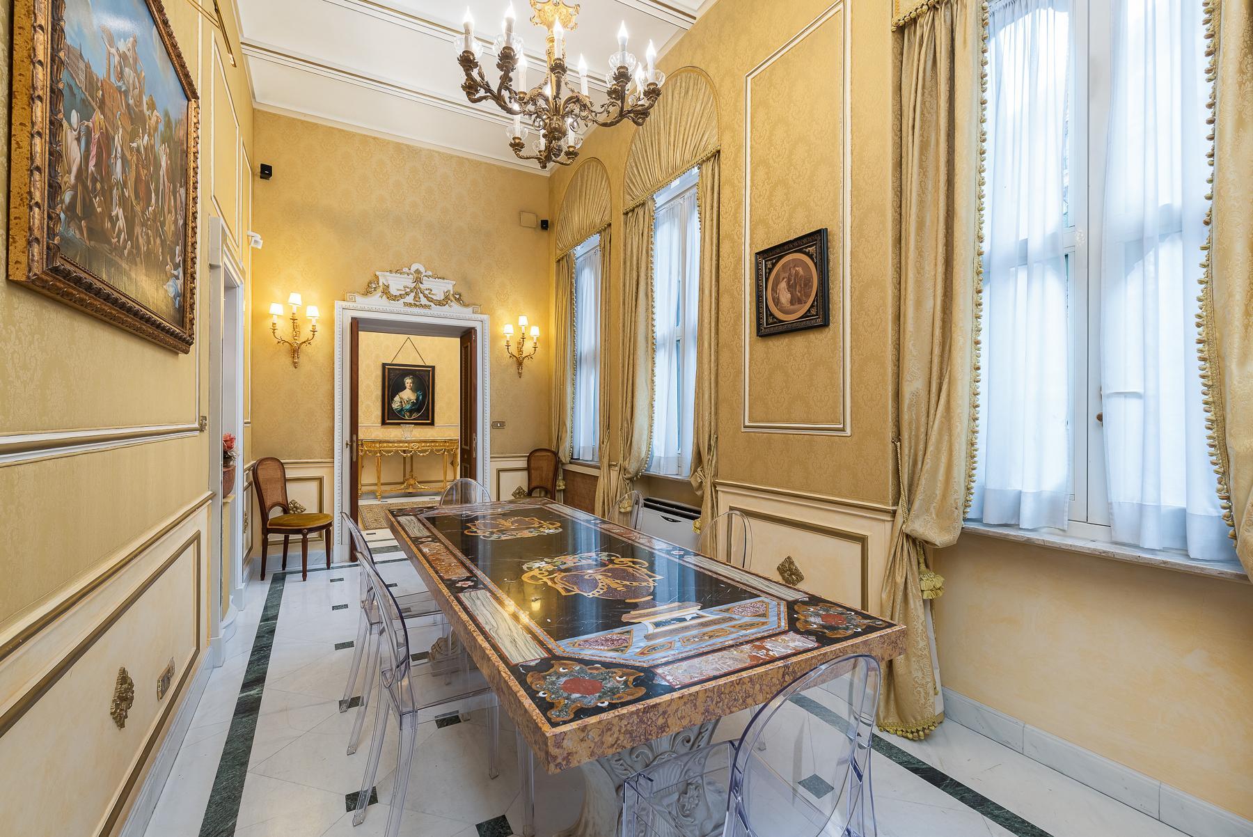 Роскошная квартира с большой террасой  в элегантном здании начала 900 года - 6