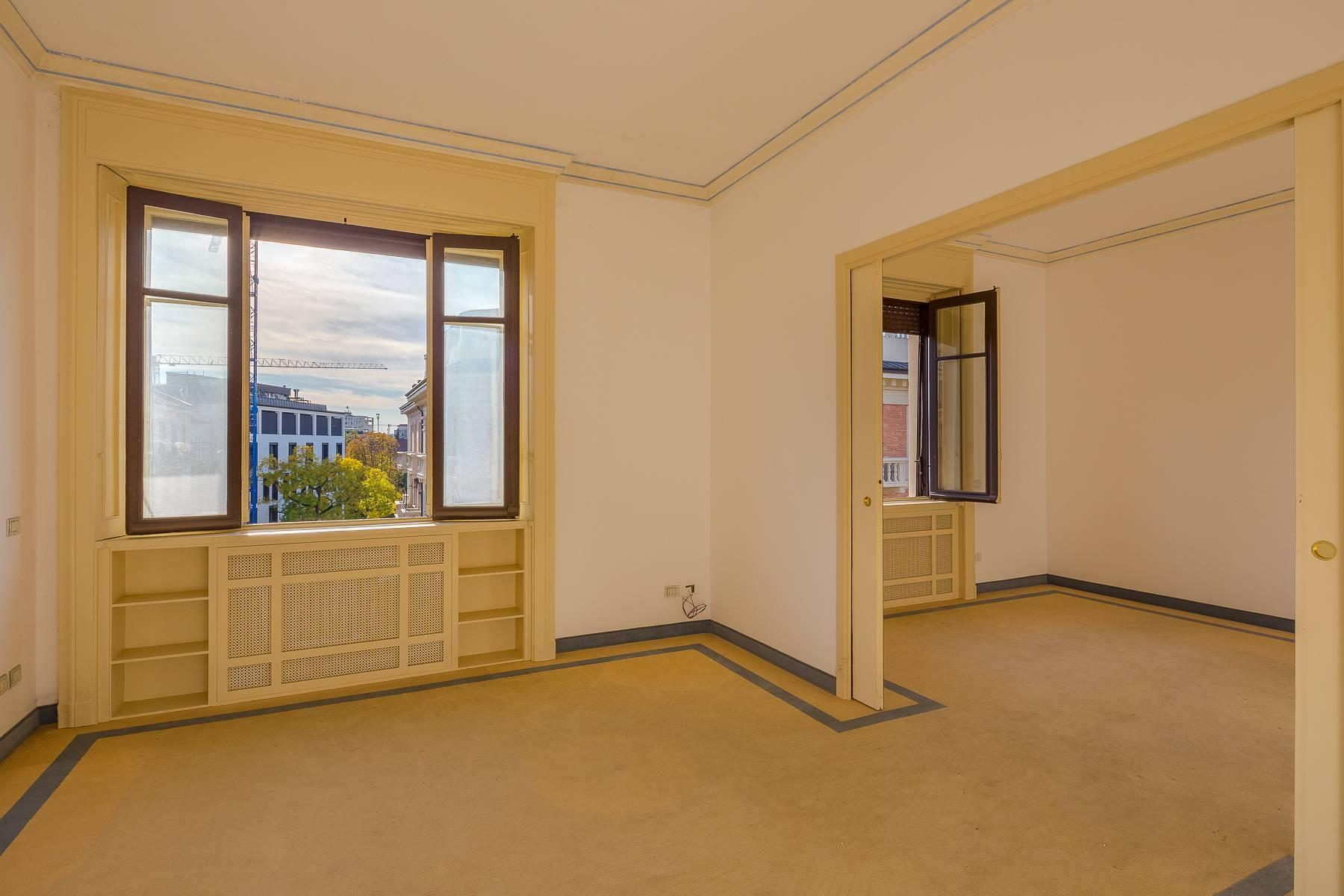 Exclusive property with terrace in the Fashion District - 15