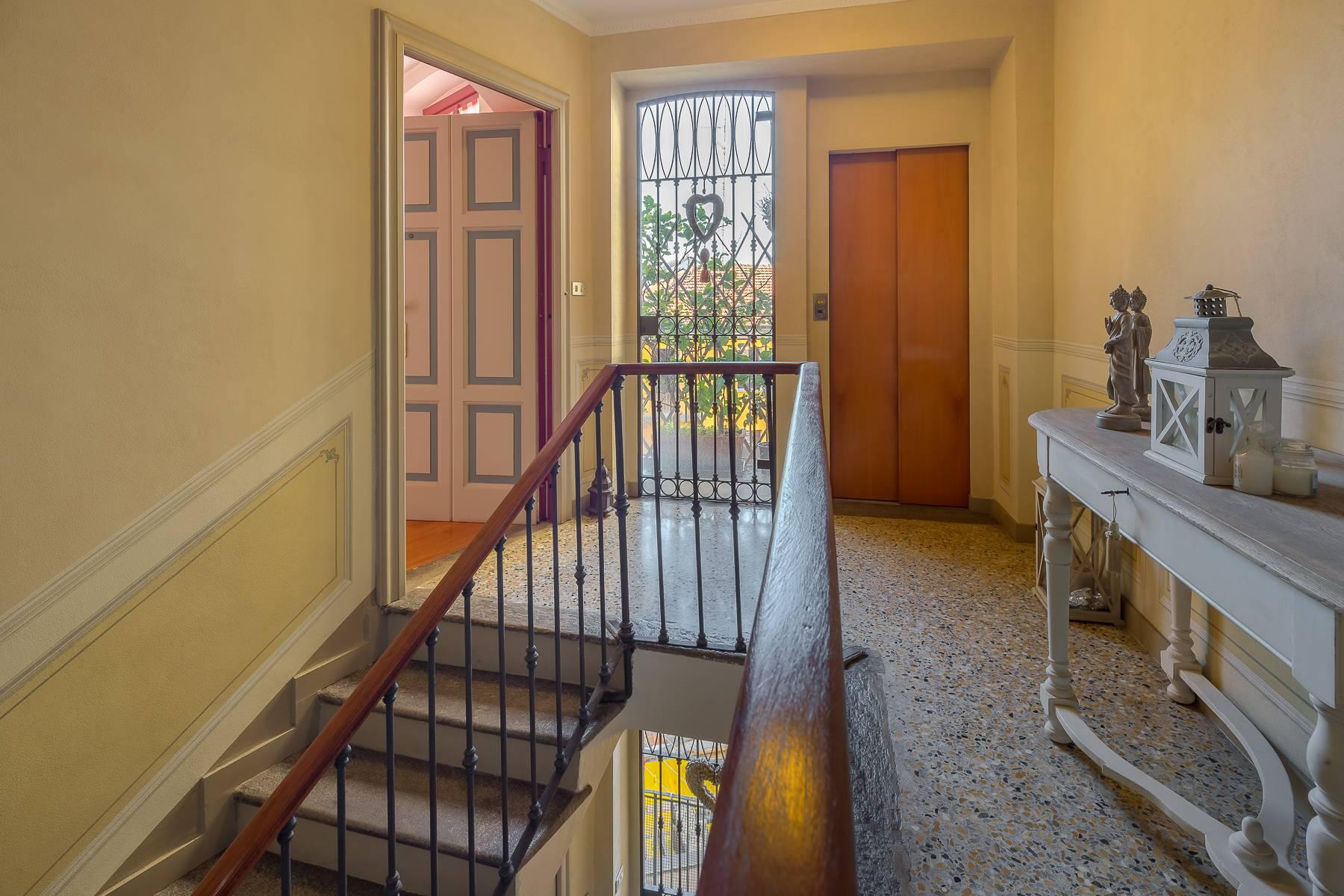 Charming apartment on two levels in one of the most exclusive areas of the city - 20