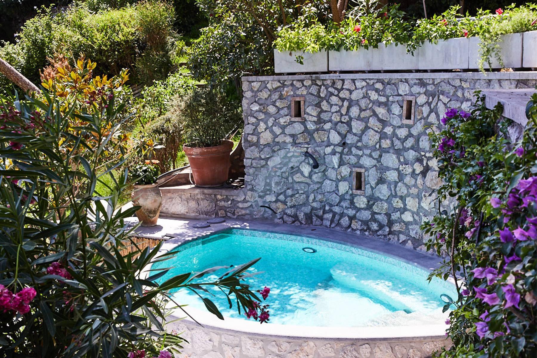 Villa Pieds dans l'eau in Capri - 14