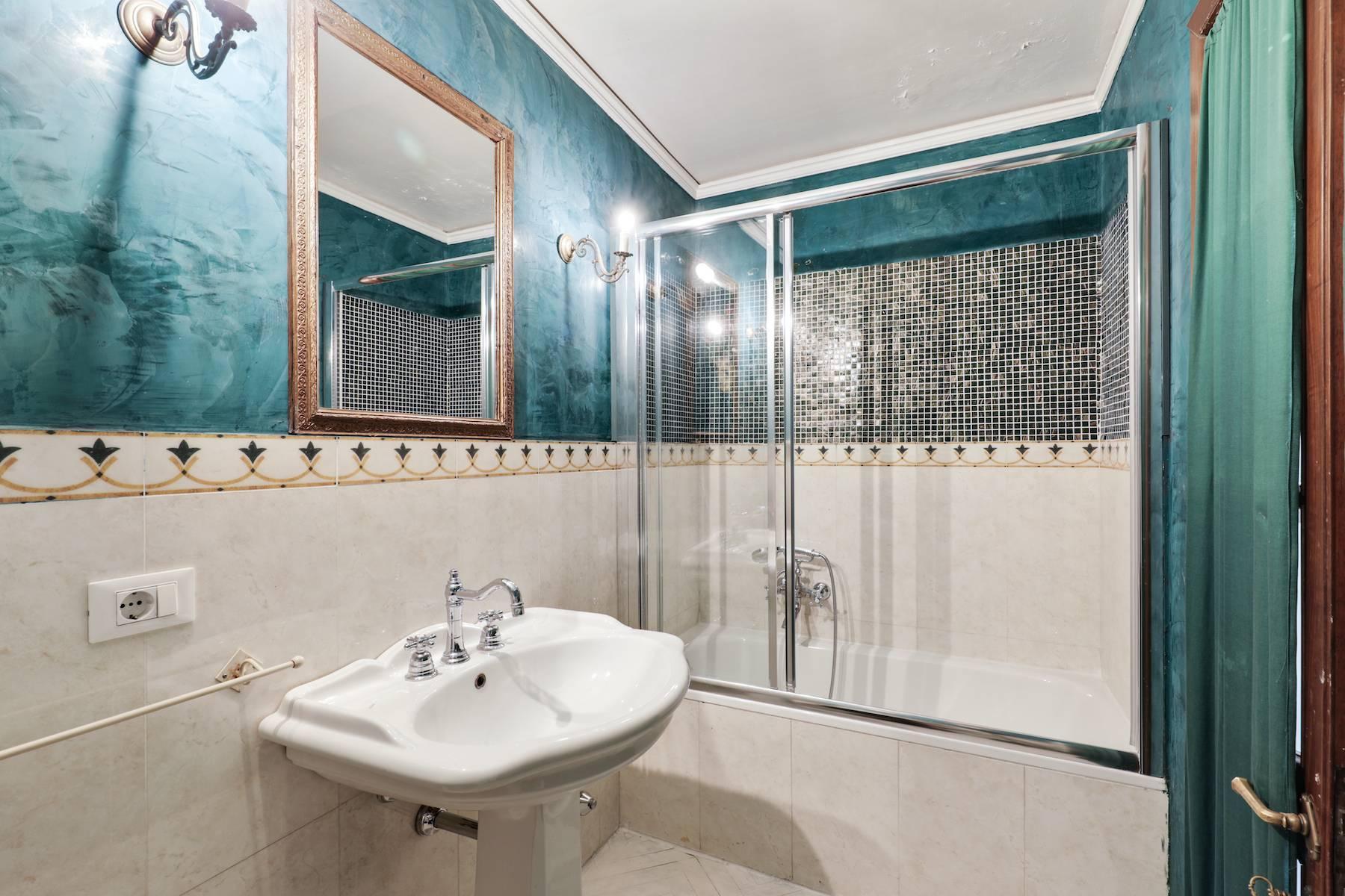 Luxury apartment adjacent to Ponte Vecchio - 18