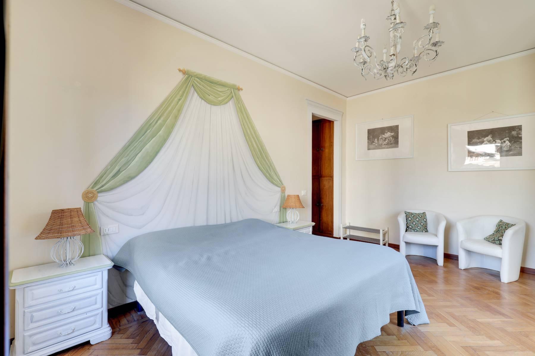 Luxury apartment adjacent to Ponte Vecchio - 12