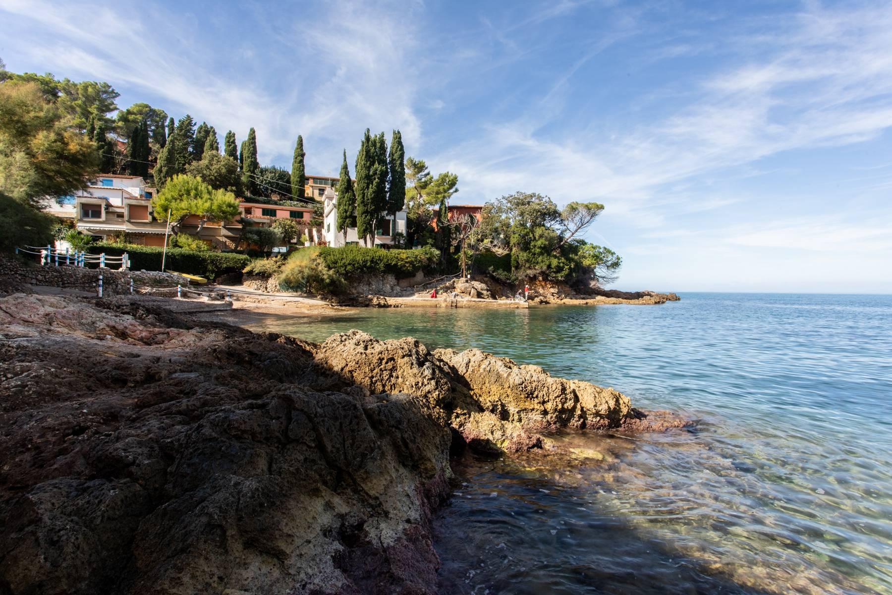 Incantevole villa pieds dans l'eau all'Argentario - 13