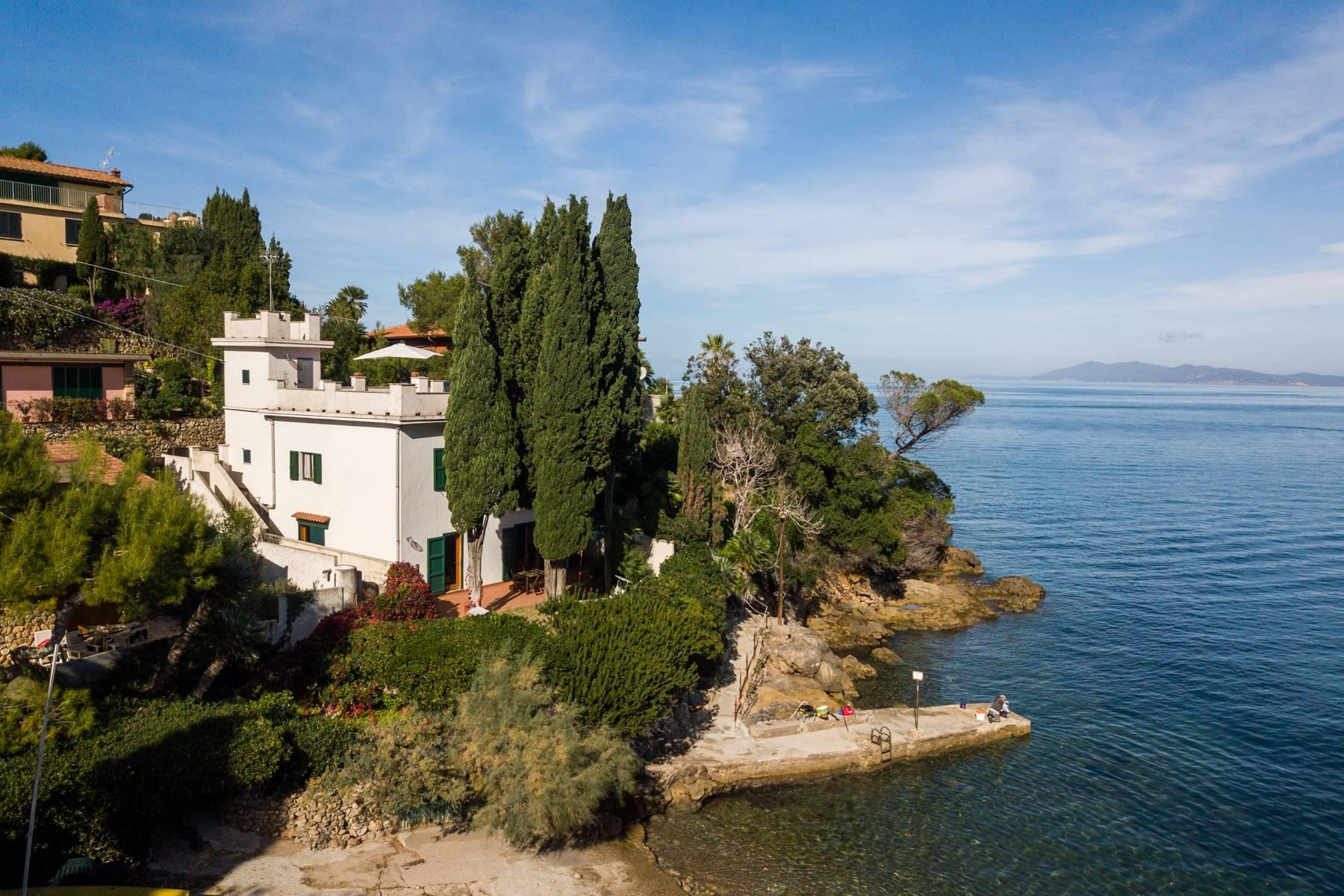 Incantevole villa pieds dans l'eau all'Argentario - 2
