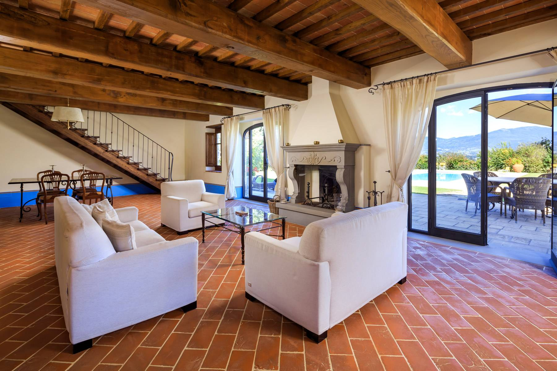 Marvelous estate with views over the Casentino valley - 8