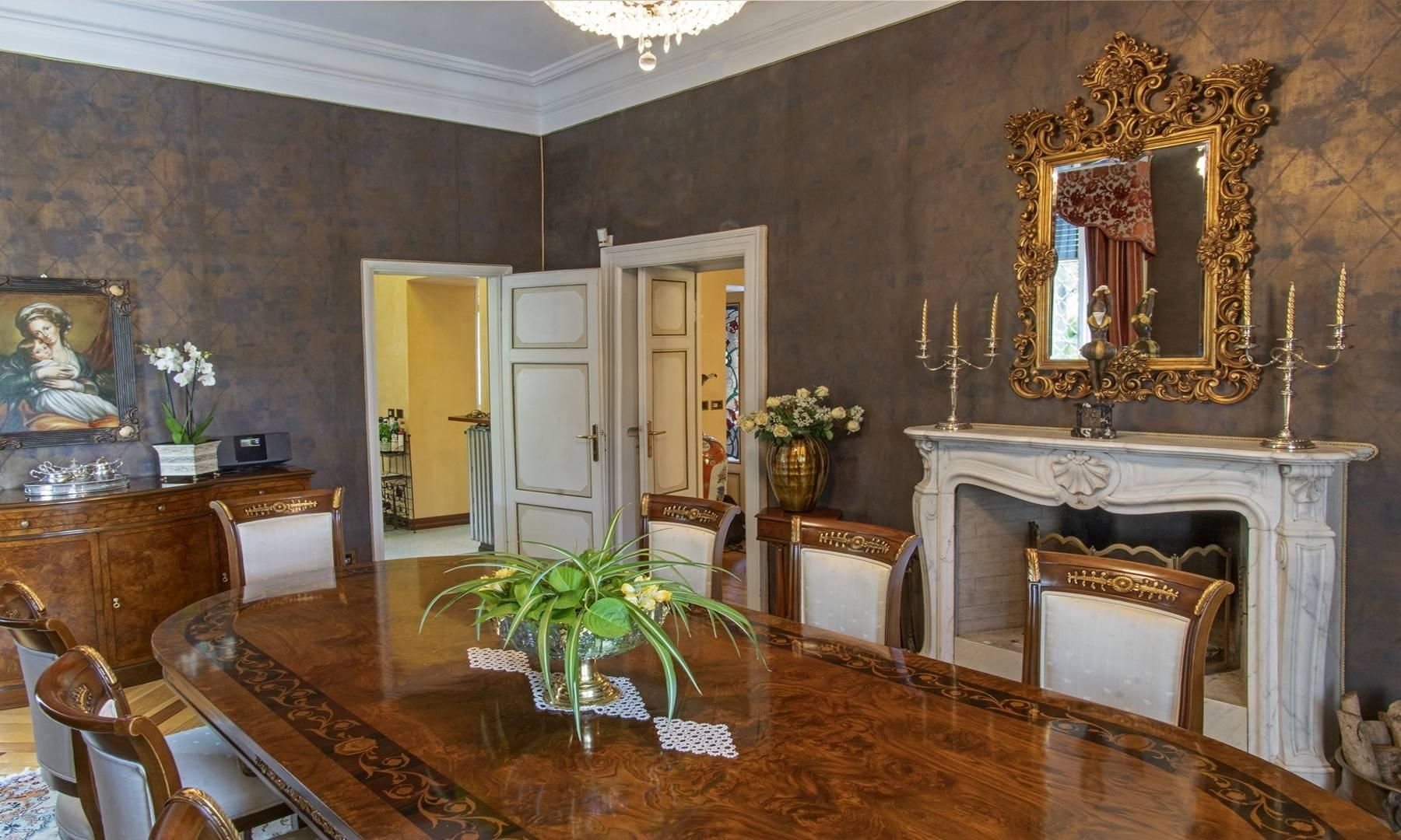 Majestic period villa with swimming pool and tower in the heart of Stresa - 13