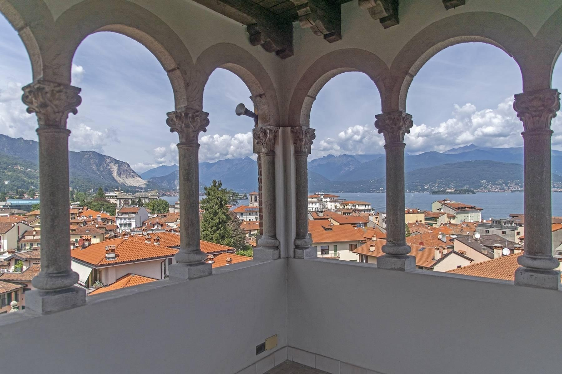 Majestic period villa with swimming pool and tower in the heart of Stresa - 1