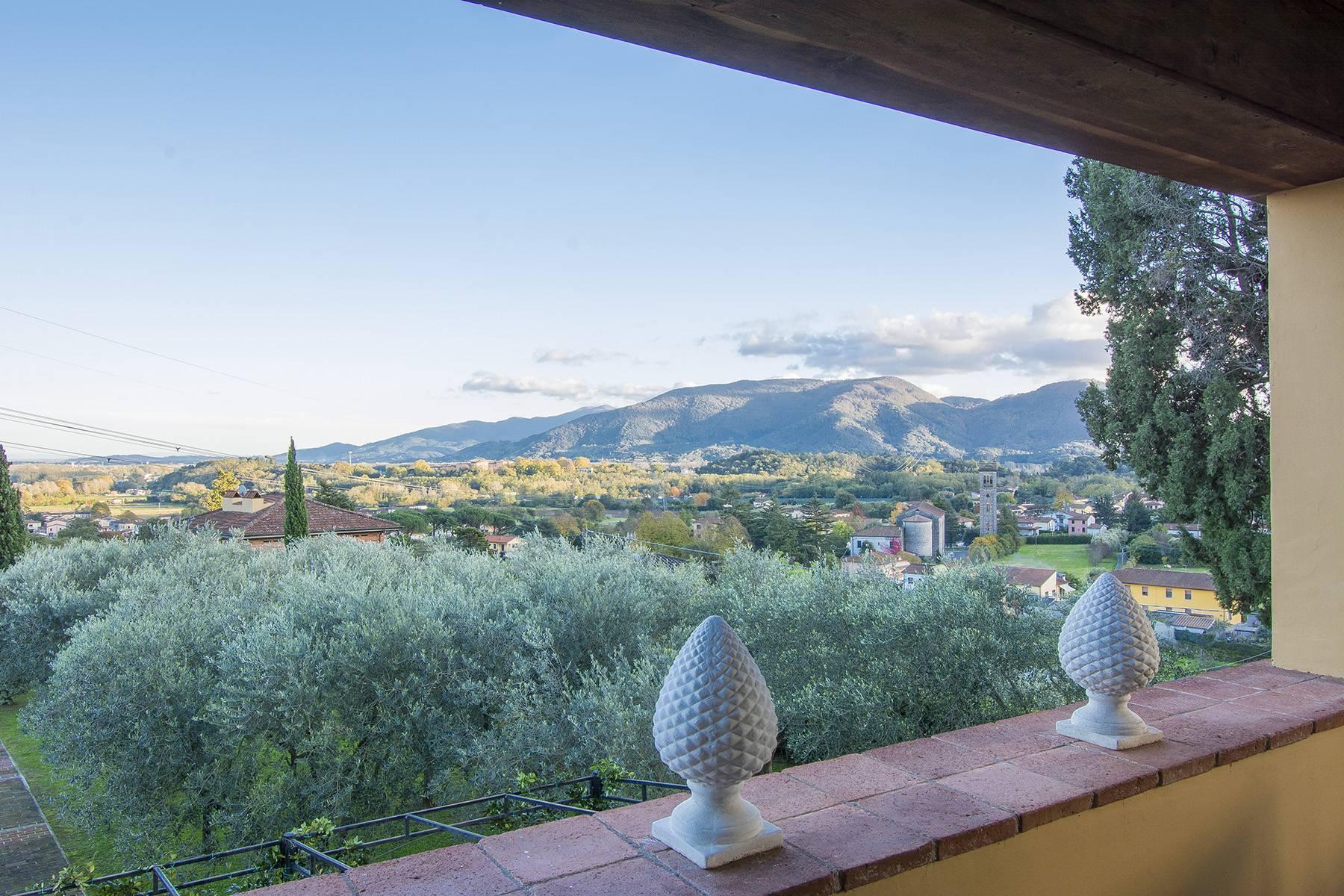 Romantic luxury Villa on the hills of Lucca - 11
