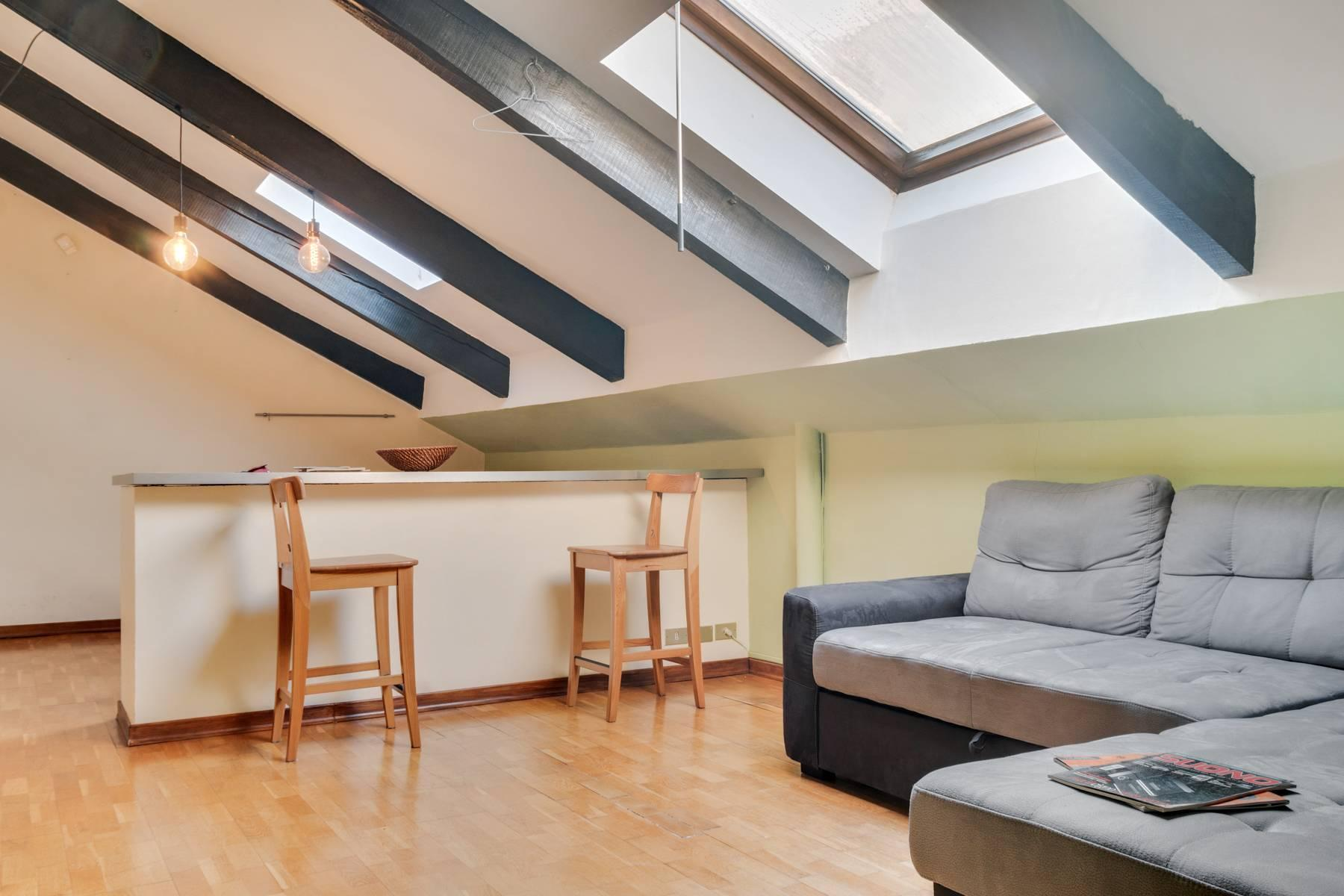 Bright attic in the heart of Crocetta neighborhood - 4