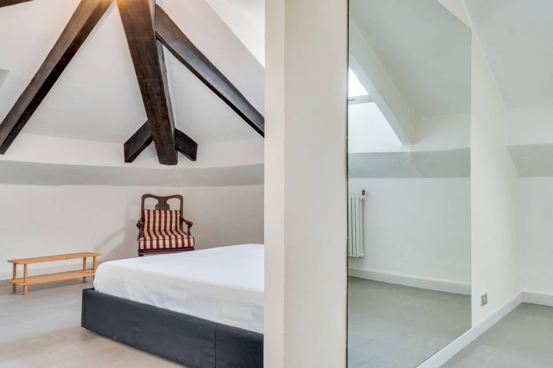 Bright attic in the heart of Crocetta neighborhood - 11