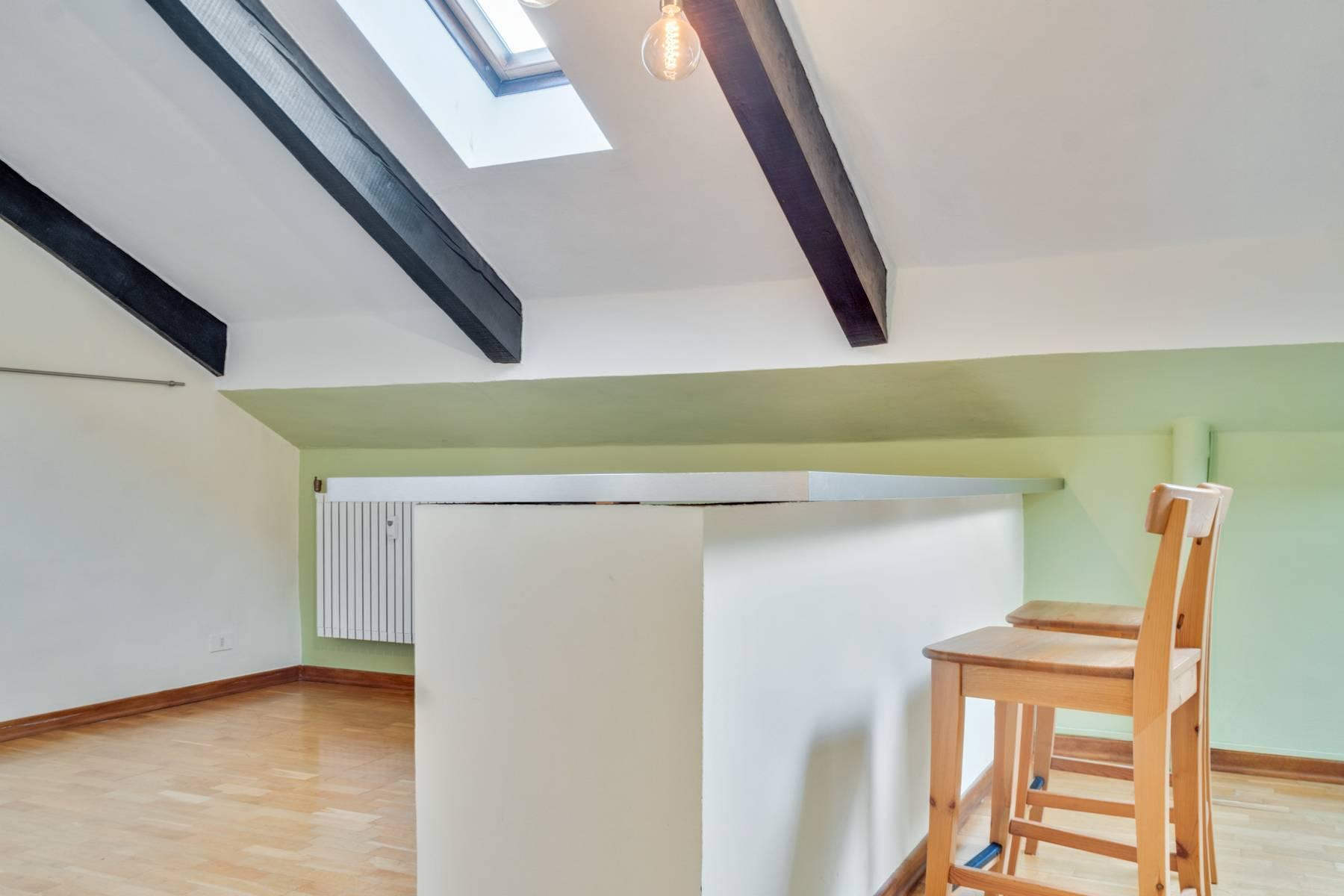 Bright attic in the heart of Crocetta neighborhood - 6