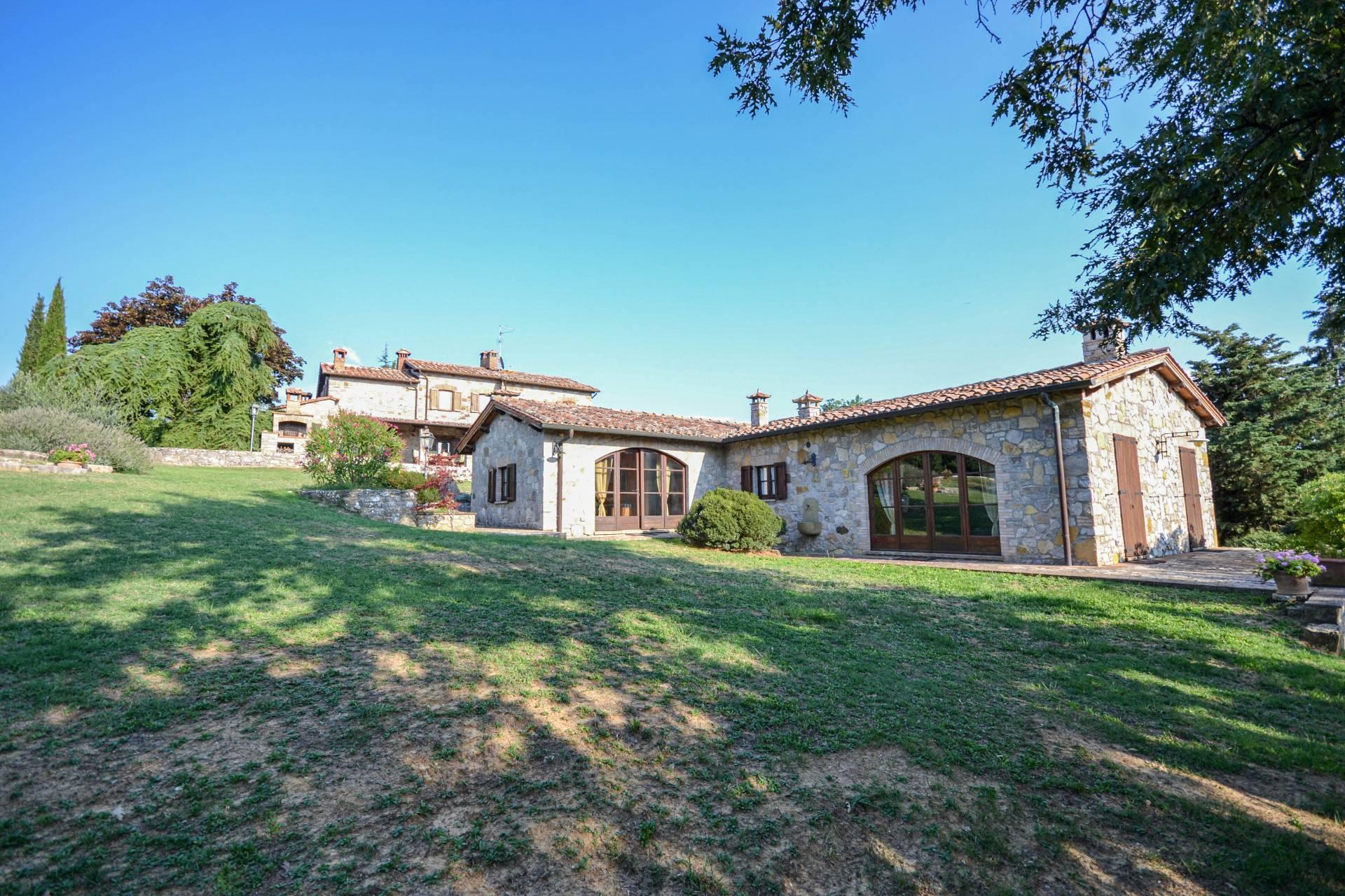 Wonderful property in the heart of Umbria - 2