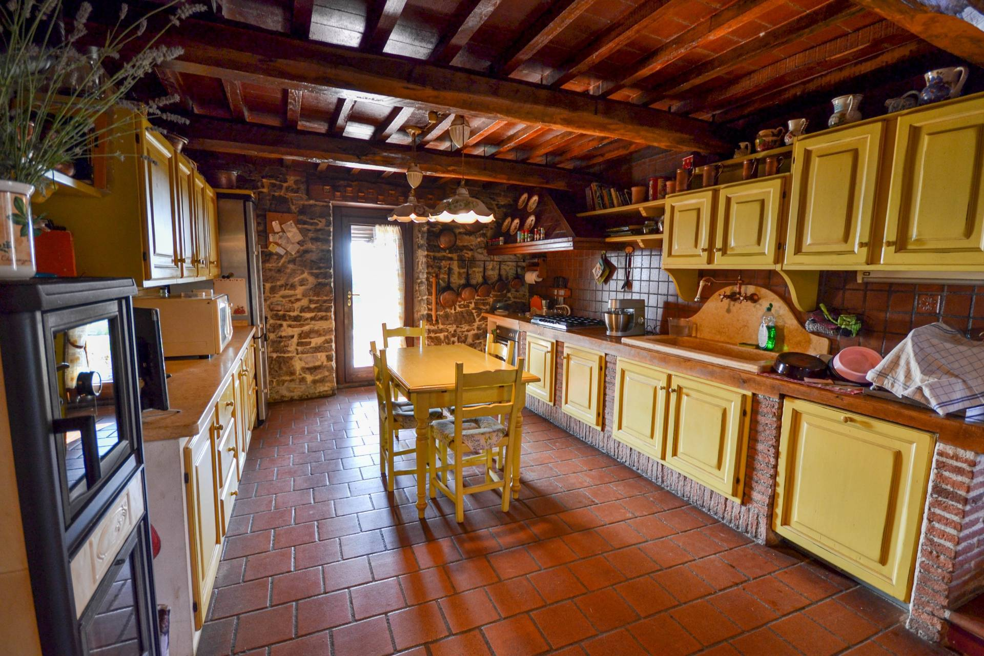 Wonderful property in the heart of Umbria - 9