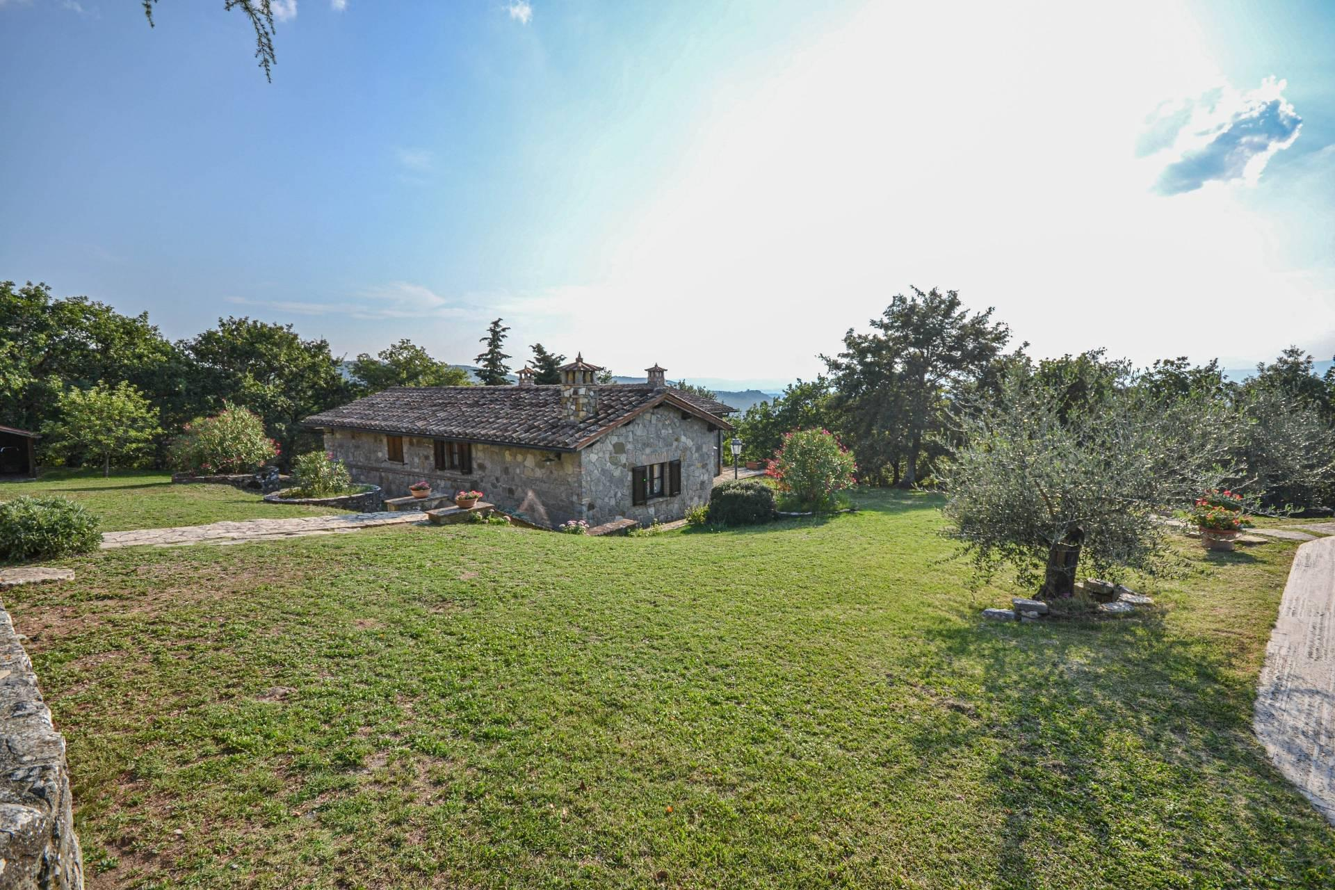 Wonderful property in the heart of Umbria - 17