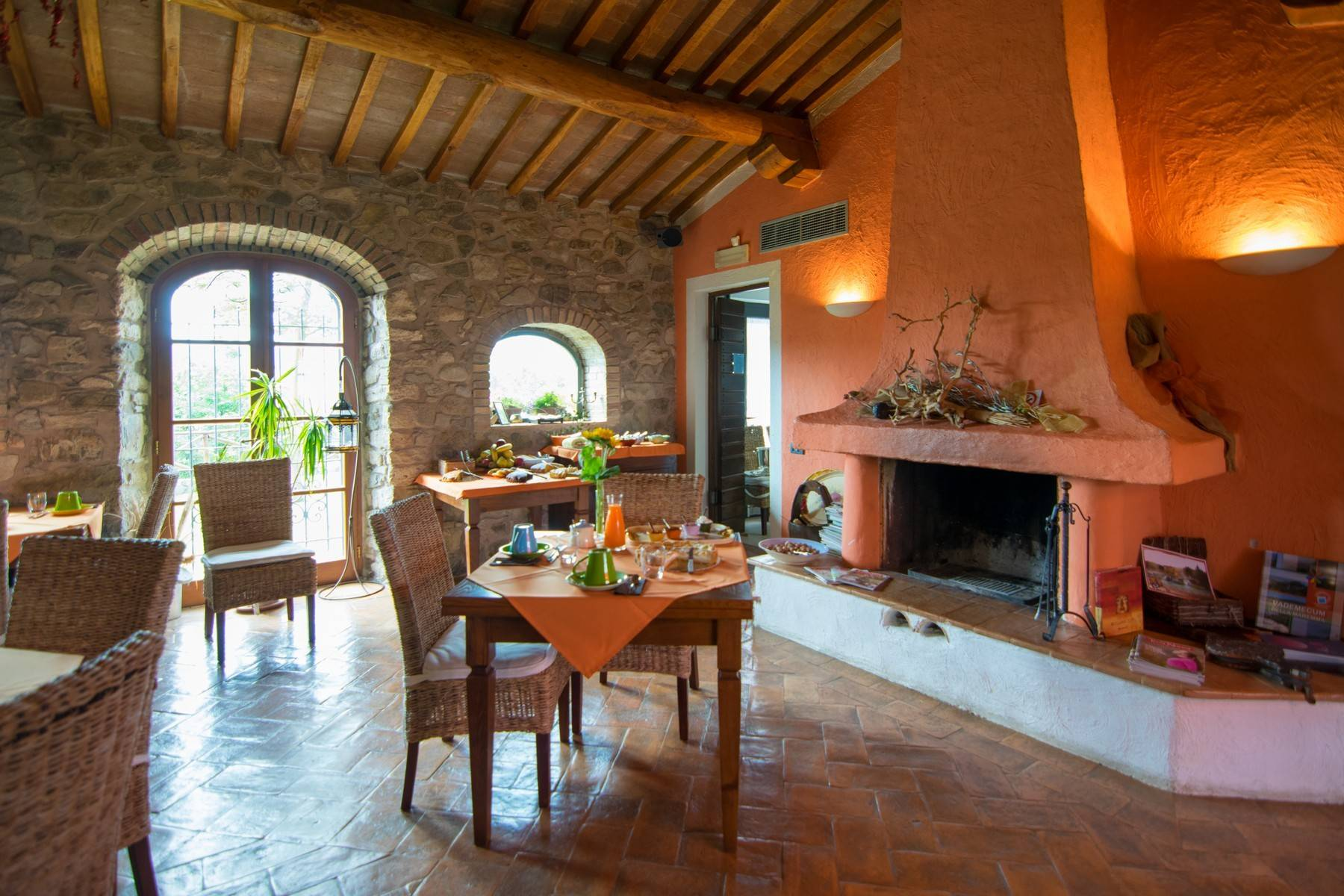 A property in the tuscan countryside for those who want to change their life - 11