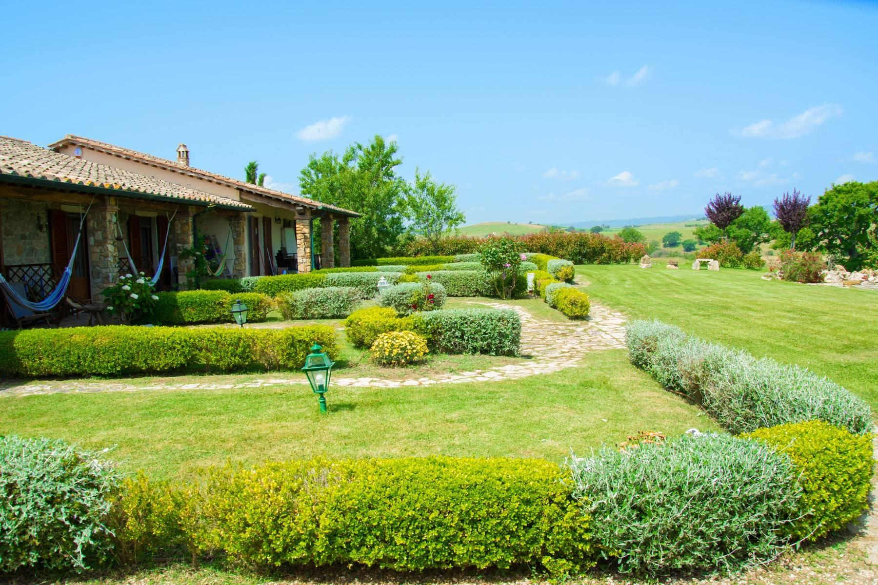 A property in the tuscan countryside for those who want to change their life - 4