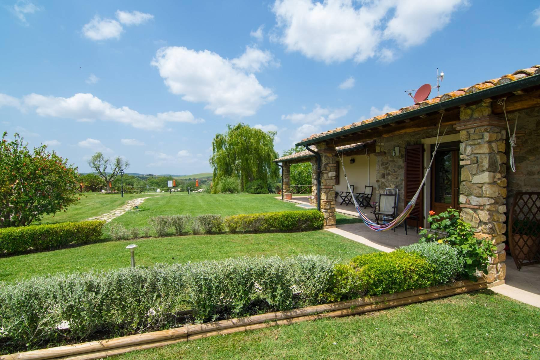 A property in the tuscan countryside for those who want to change their life - 2