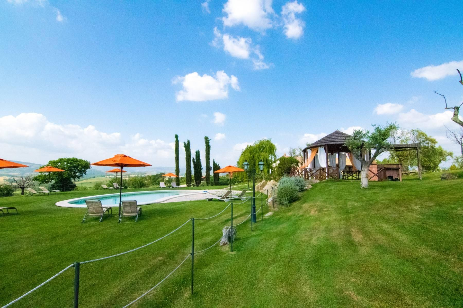 A property in the tuscan countryside for those who want to change their life - 24