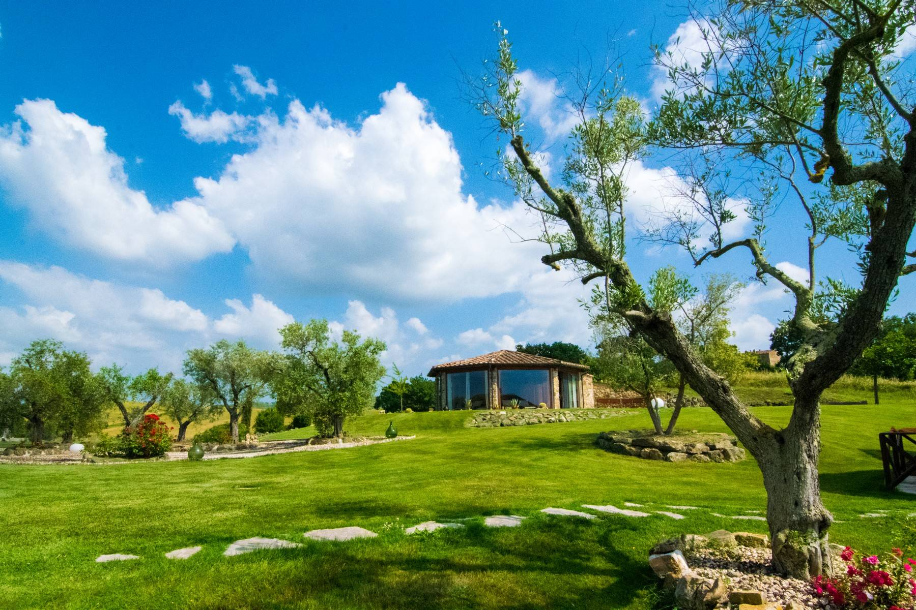 A property in the tuscan countryside for those who want to change their life - 25