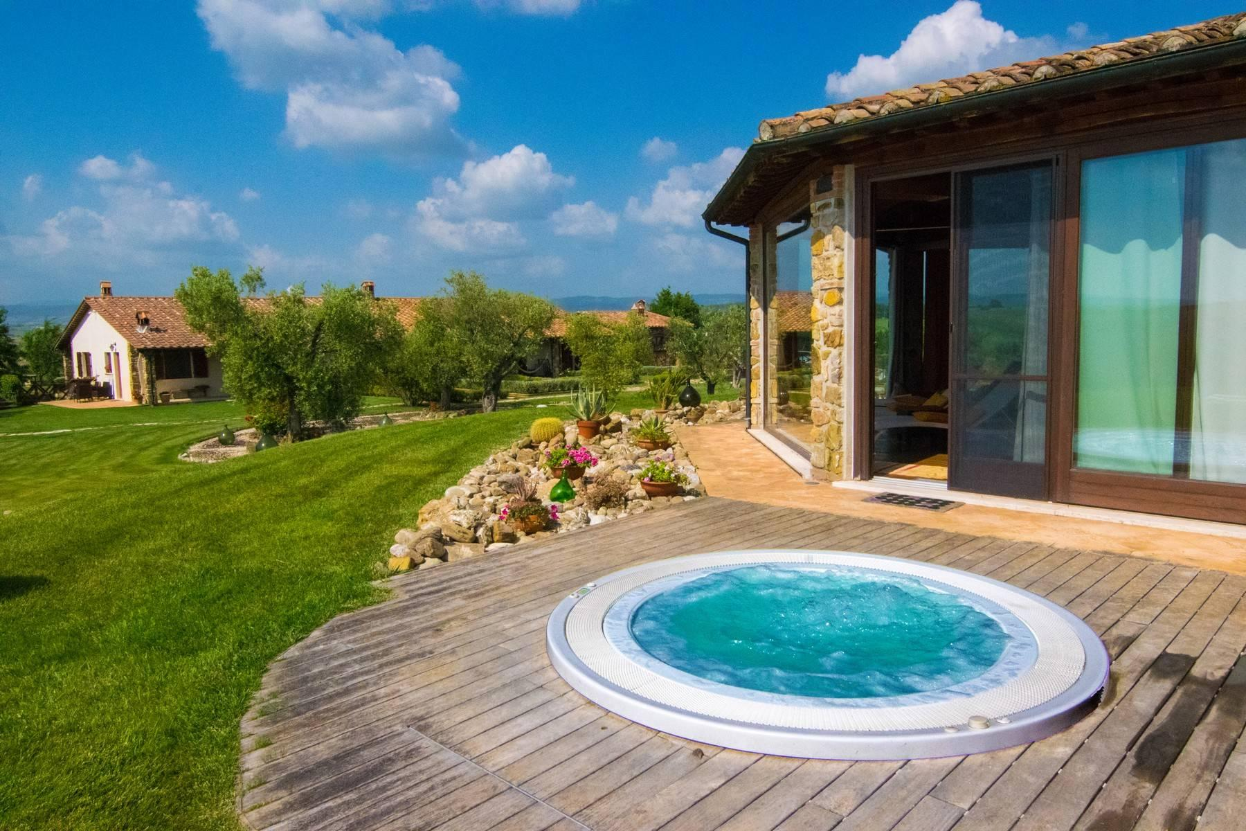 A property in the tuscan countryside for those who want to change their life - 23