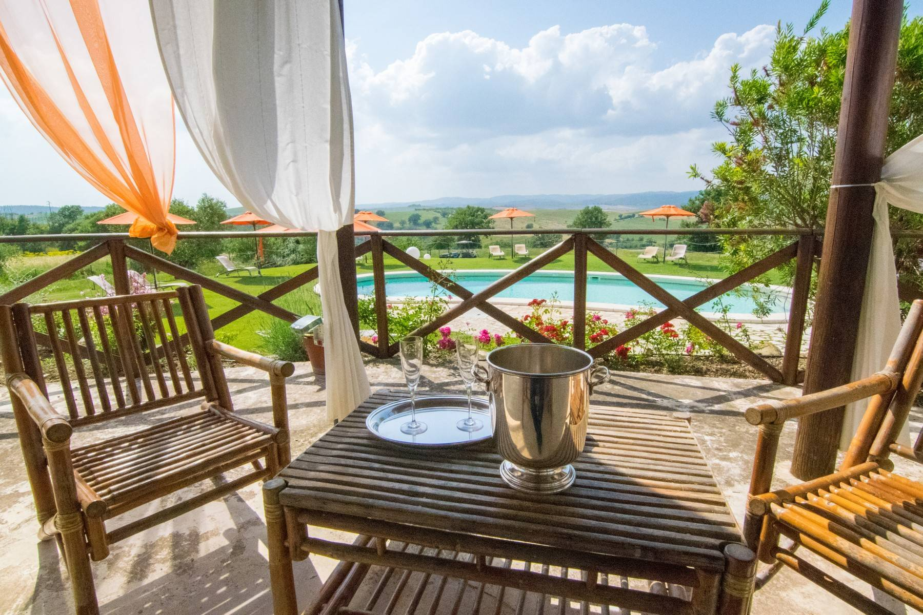 A property in the tuscan countryside for those who want to change their life - 21